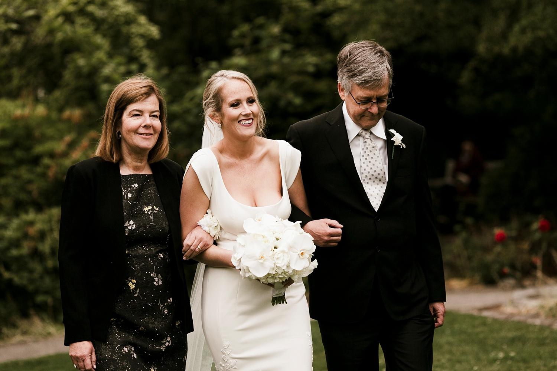 Seattle Wedding Photographer_035.jpg