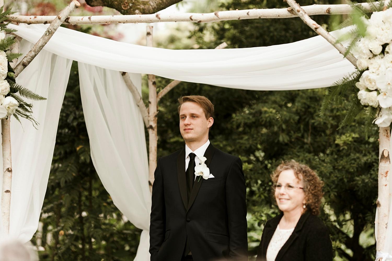 Seattle Wedding Photographer_036.jpg