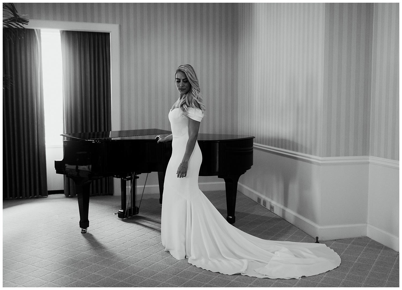 Fairmont Olympic Hotel Wedding_Elizabeth Zuluaga_Taylor & Caton_024.jpg