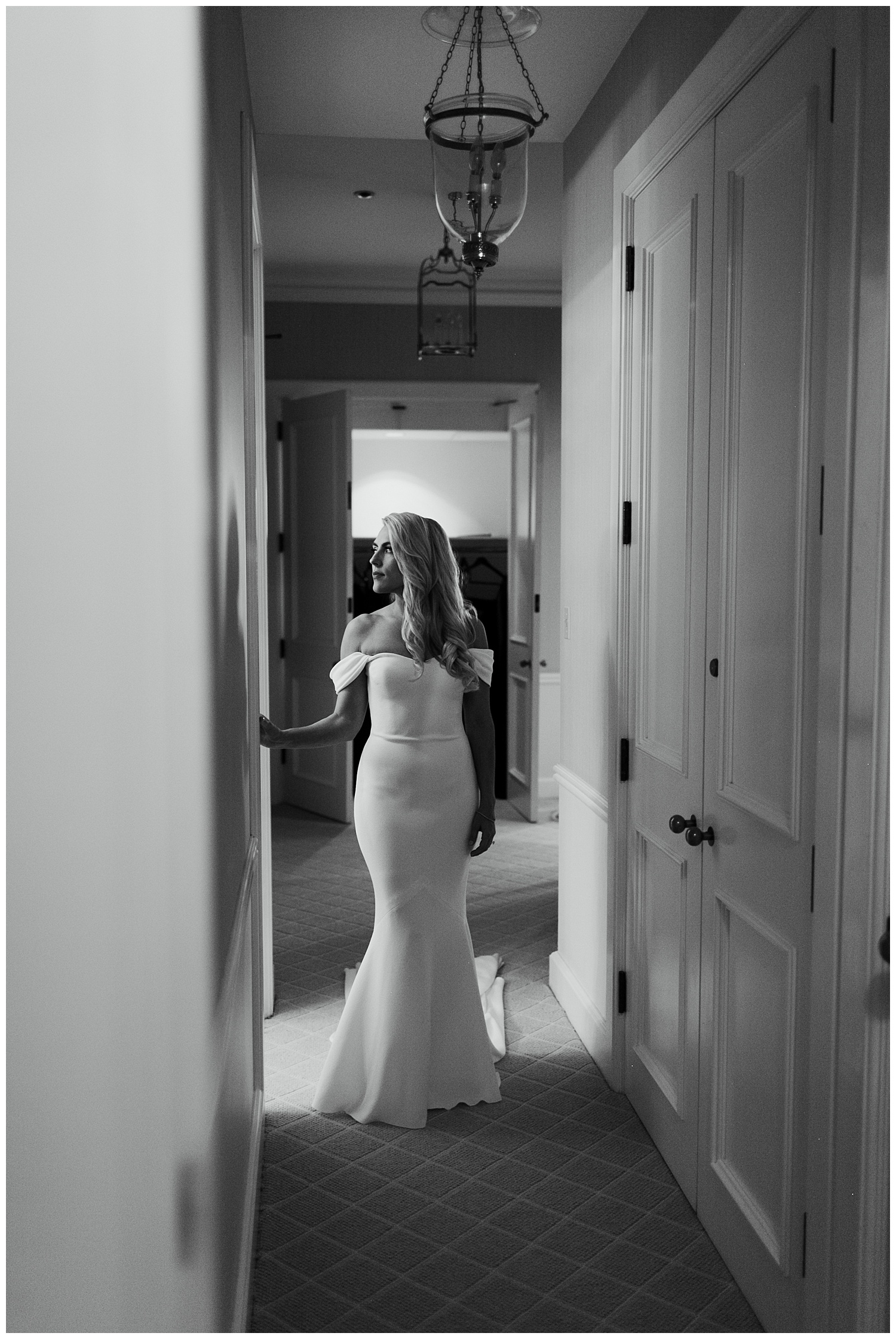 Fairmont Olympic Hotel Wedding_Elizabeth Zuluaga_Taylor & Caton_025.jpg