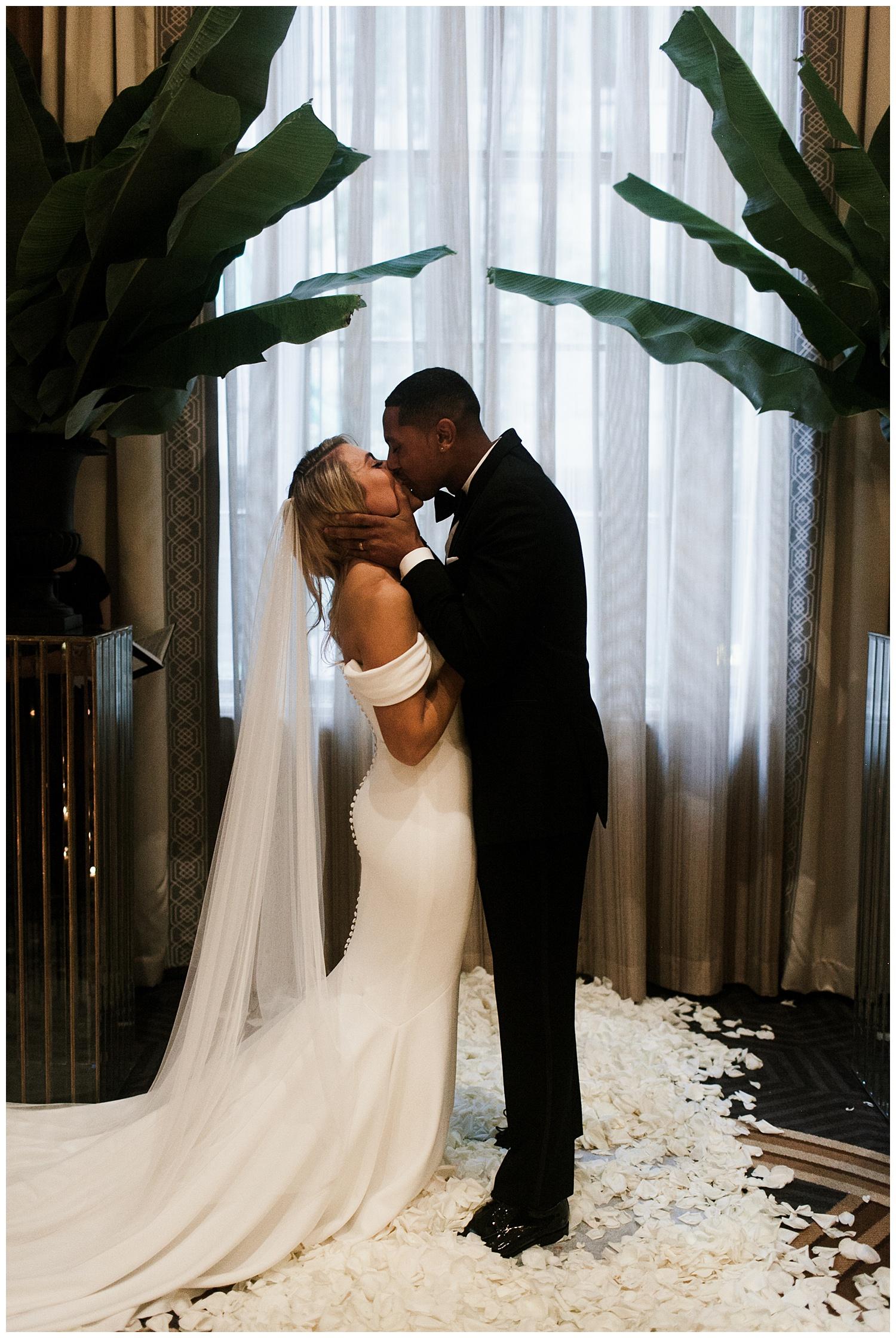 Fairmont Olympic Hotel Wedding_Elizabeth Zuluaga_Taylor & Caton_061.jpg