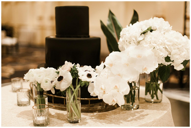 Fairmont Olympic Hotel Wedding_Elizabeth Zuluaga_Taylor & Caton_072.jpg