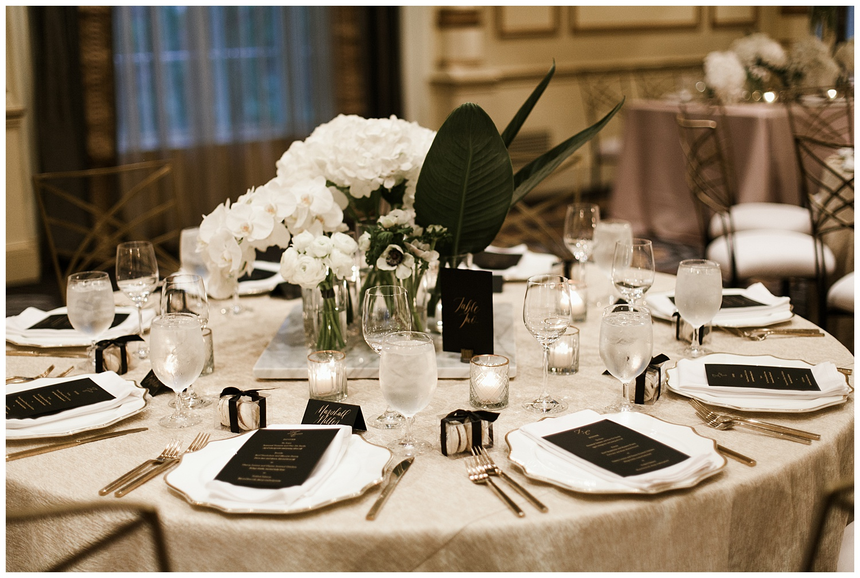 Fairmont Olympic Hotel Wedding_Elizabeth Zuluaga_Taylor & Caton_090.jpg