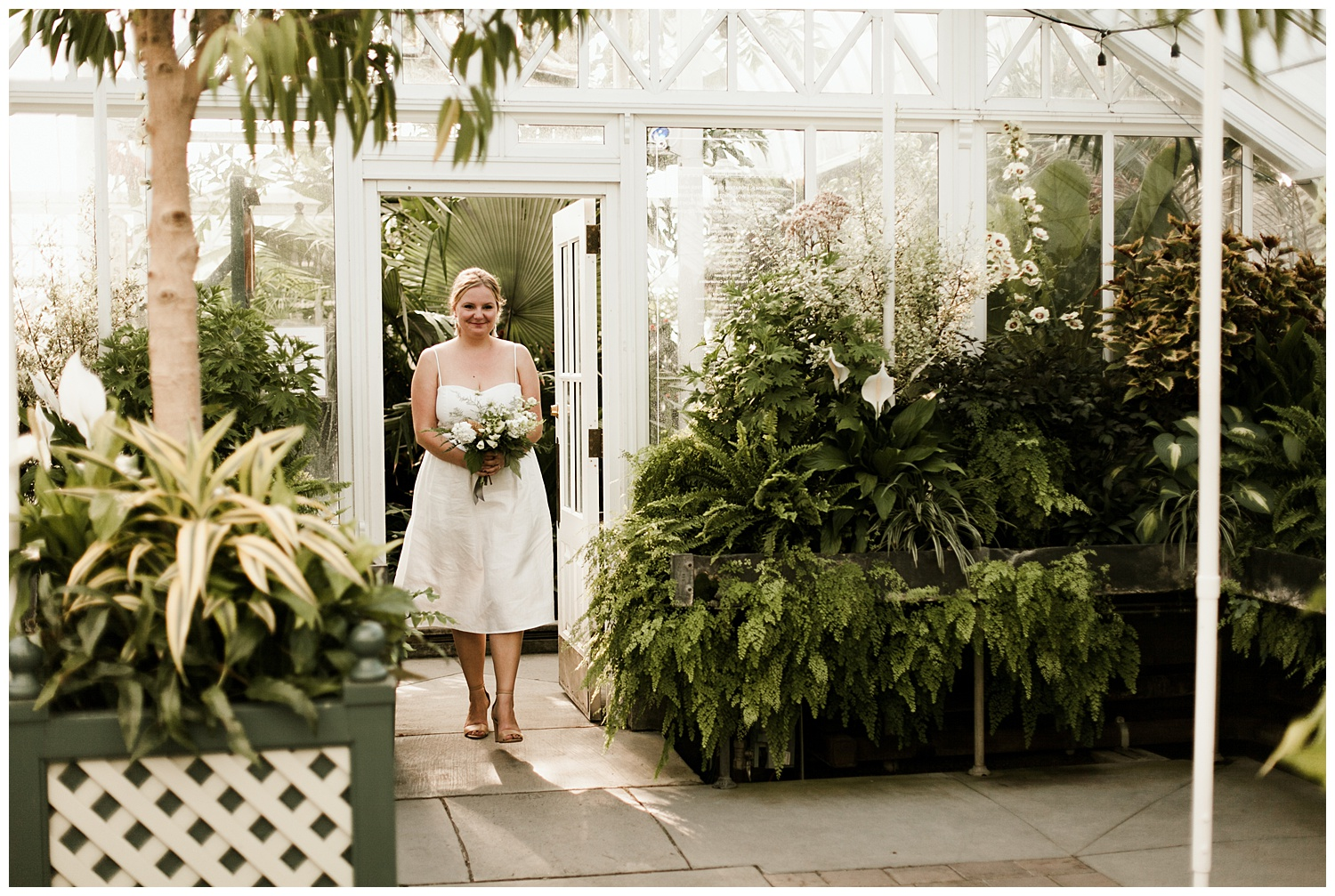 Intimate Volunteer Park Conservatory Elopement_Elizabeth Zuluaga_Agnes and Rob_004.jpg