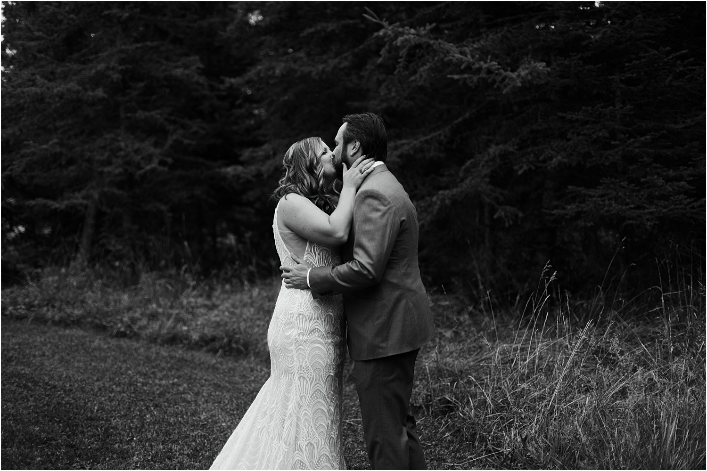 Rustic Montana Wedding-Elizabeth Zuluaga_013.jpg