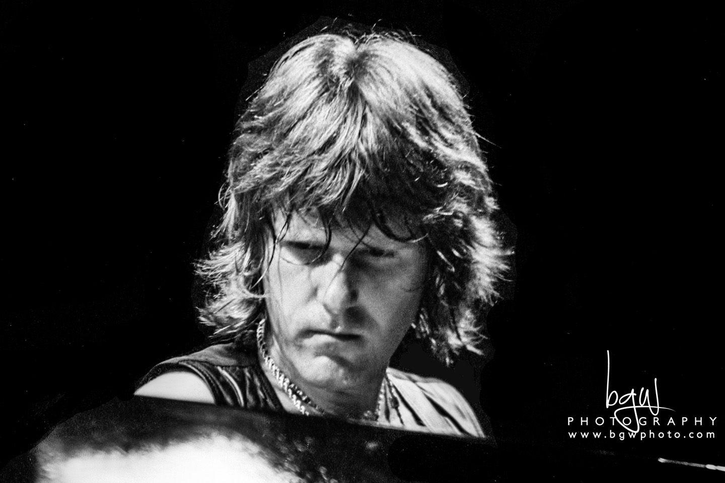 Keith Emerson behind the massive Yamaha GX-1. 400mm Tri-X 125@5.6.