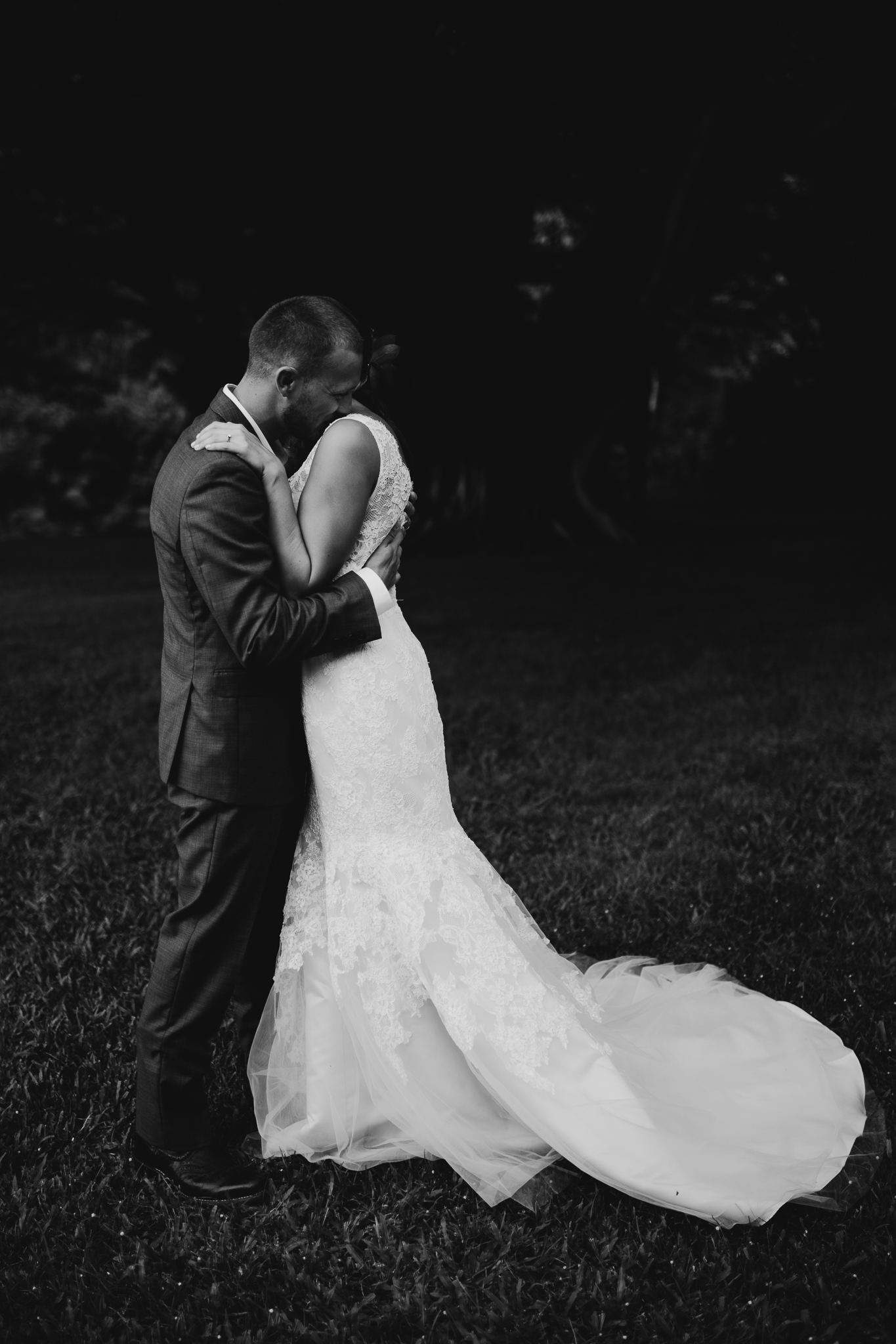 Black and White Emotional Wedding Picture