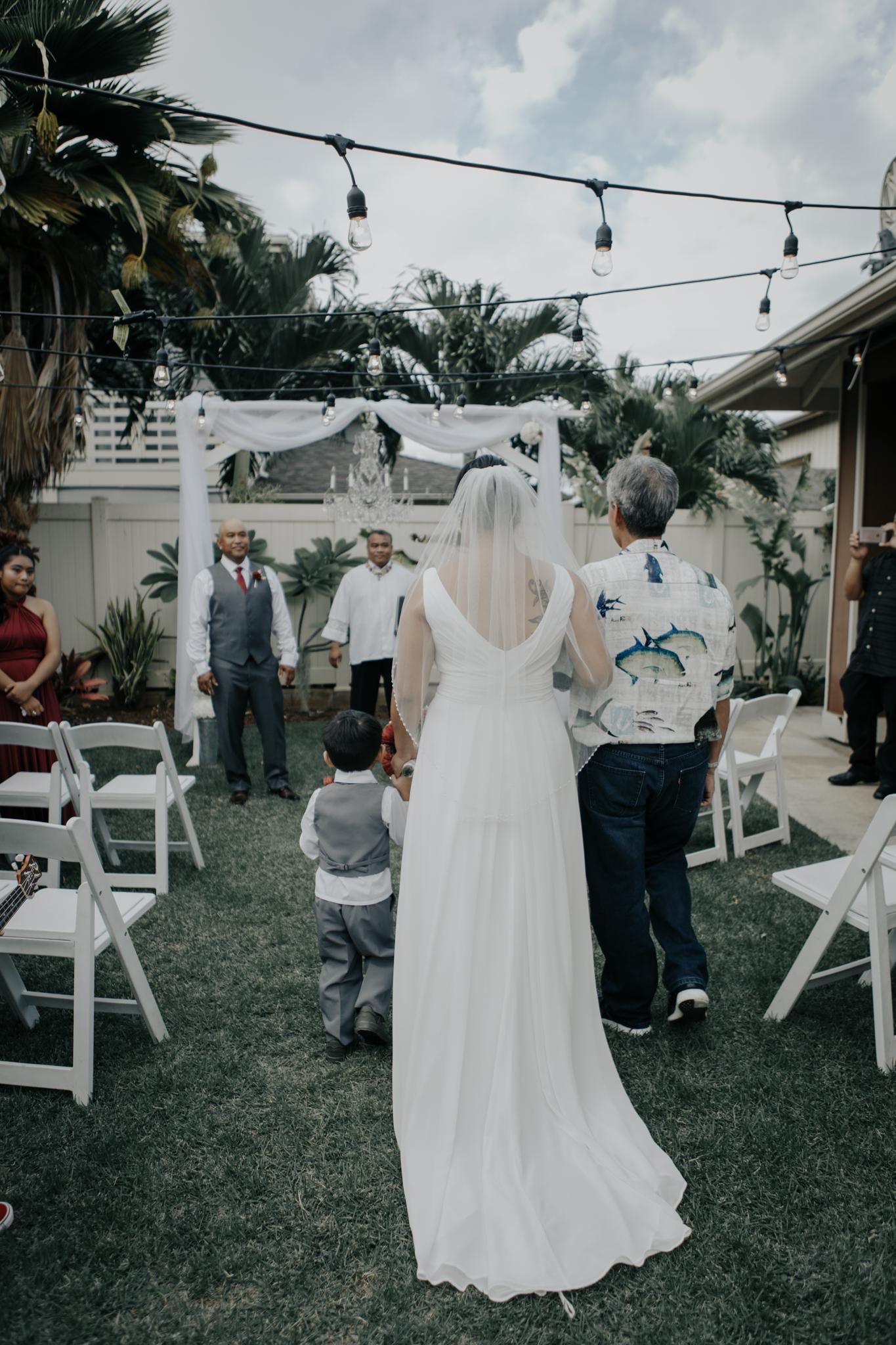 Backyard wedding in Ewa Beach