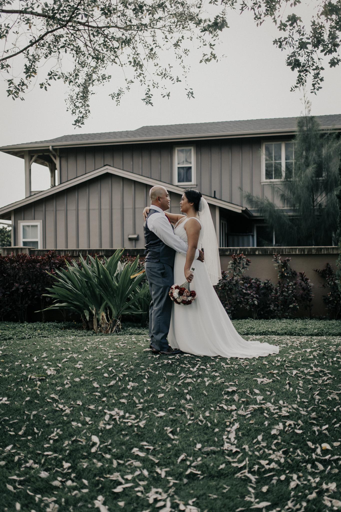 Backyard wedding Hawaii