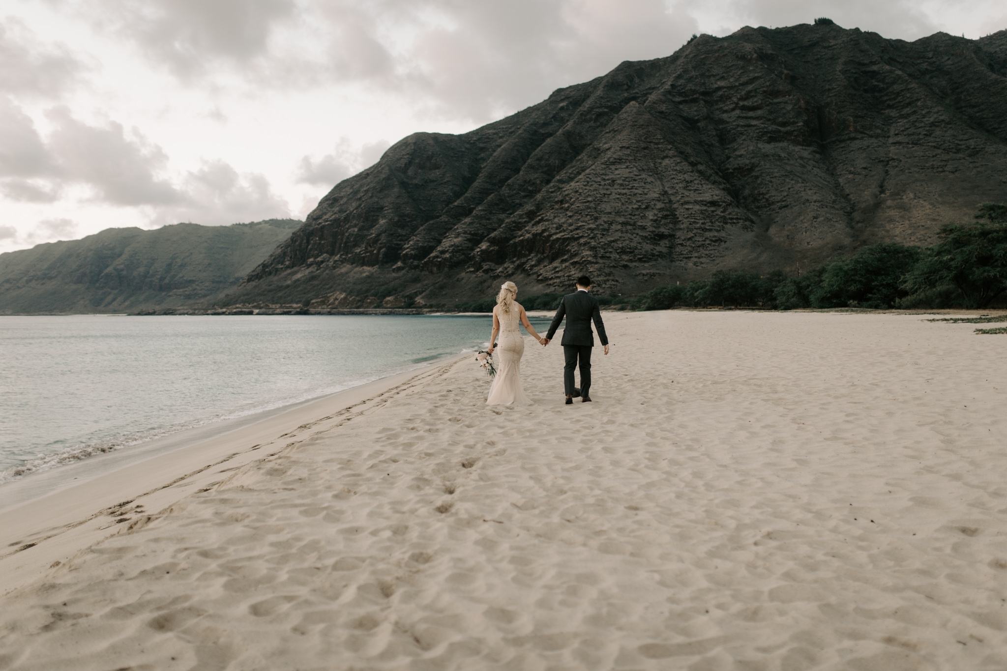Makua Beach Wedding By Oahu Wedding Photographer Desiree Leilani