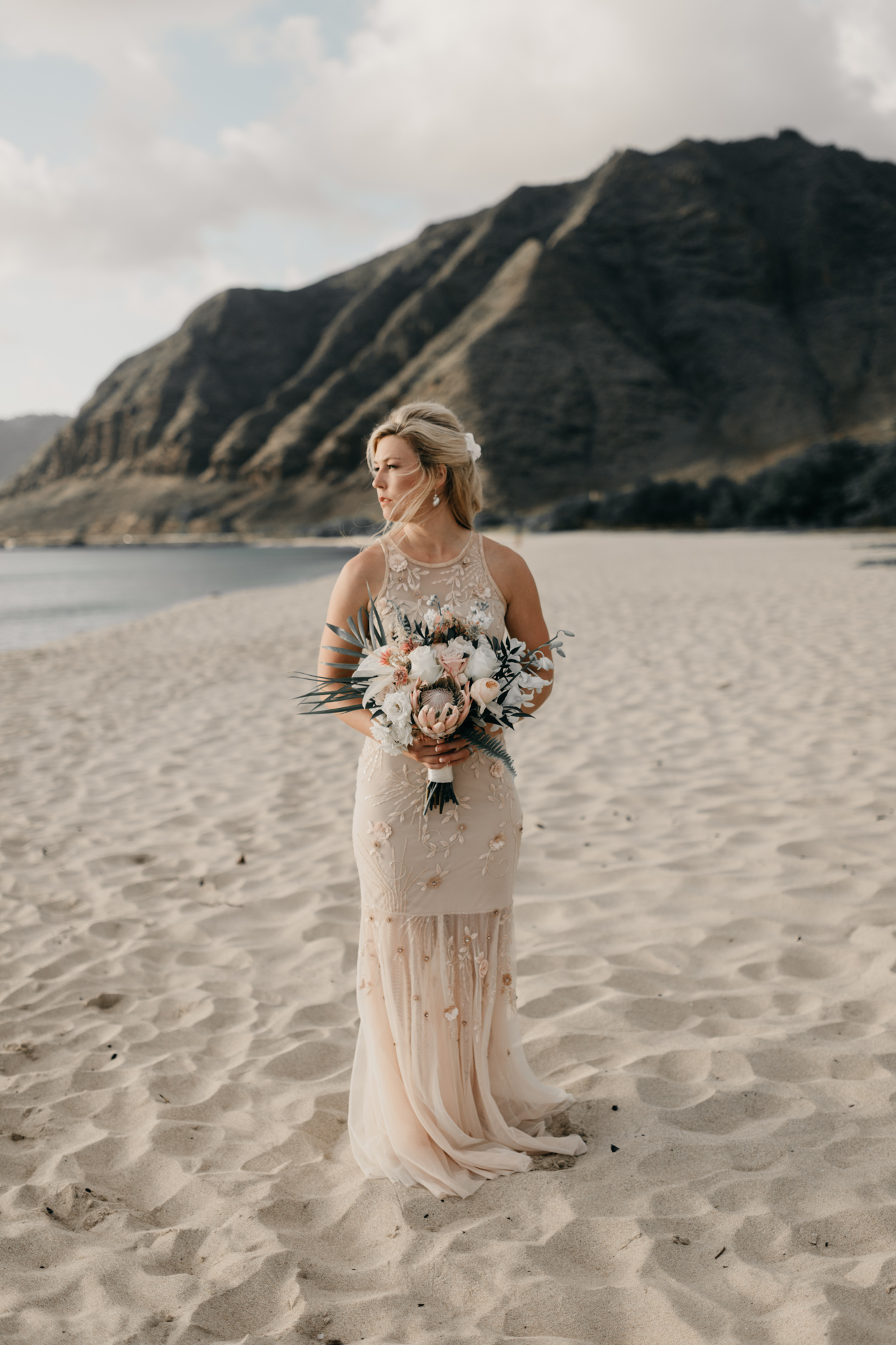 Romantic Sunset Beach Picnic by Hawaii Wedding Photographer Desiree Leilani