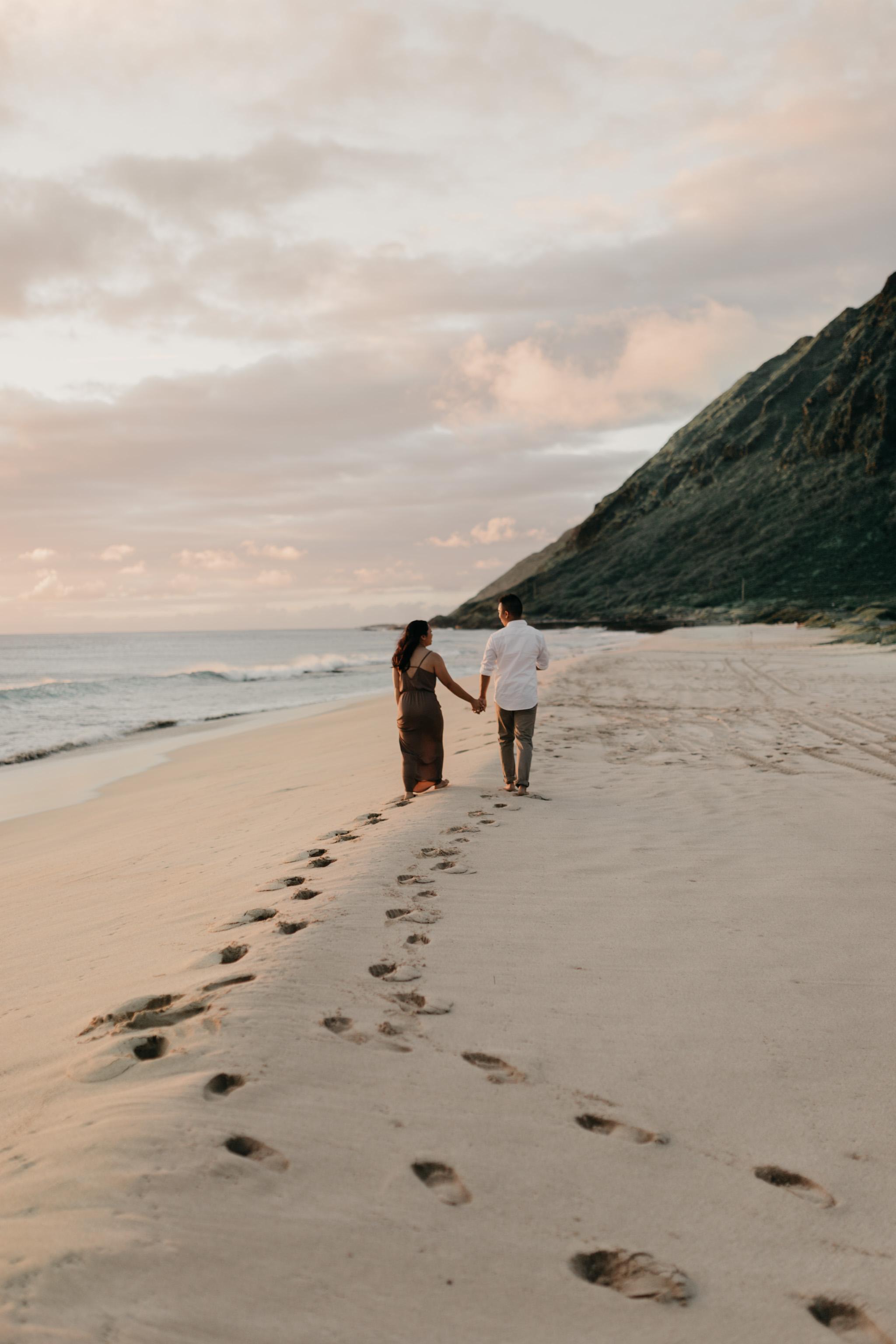 Gorgeous Yokohama Bay Sunset Engagements by Oahu Wedding Photographer Desiree Leilani