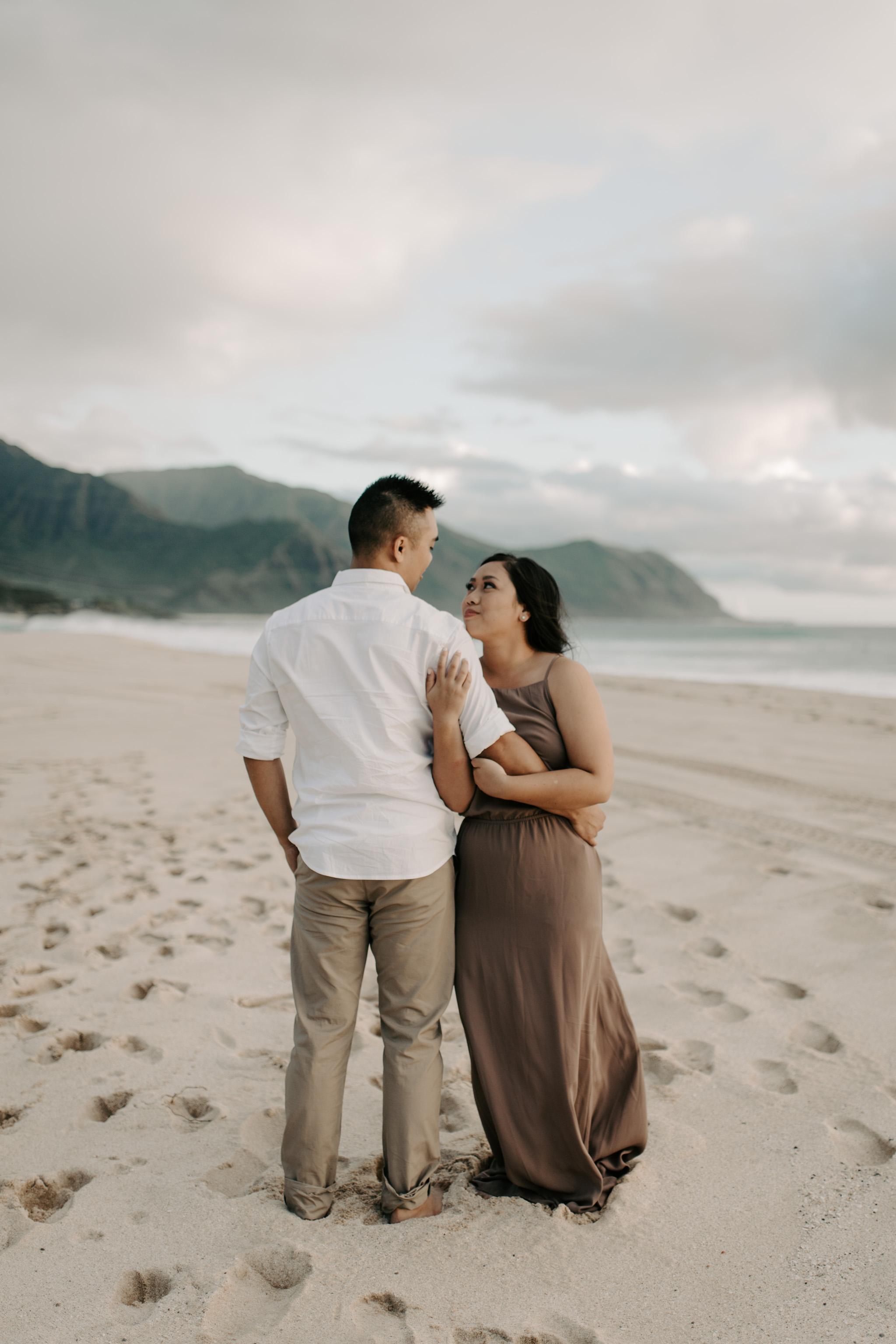 Beautiful Hawaii Engagement Photos at Yokohama Bay by Oahu Wedding Photographer Desiree Leilani