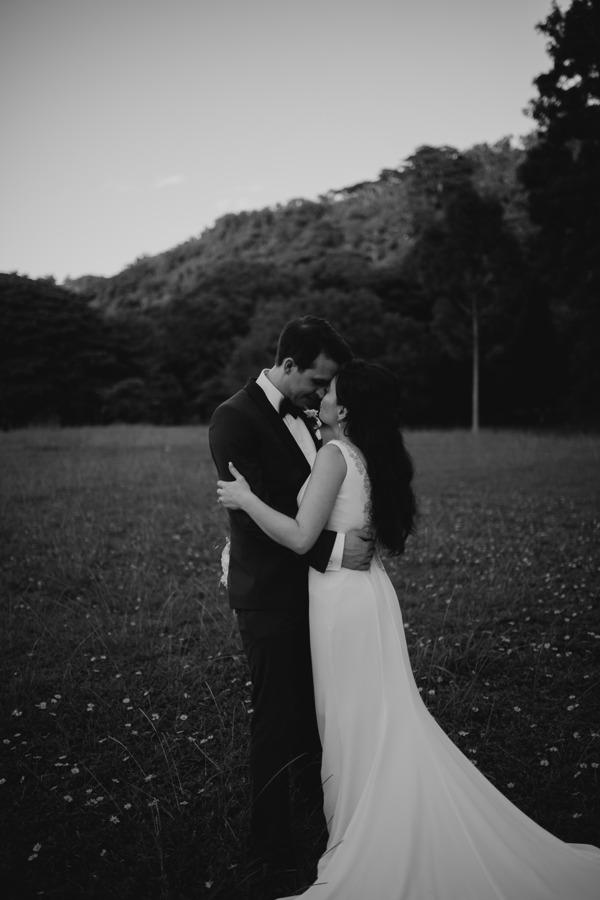Beautiful Kauai Elopement by Hawaii Wedding Photographer Desiree Leilani