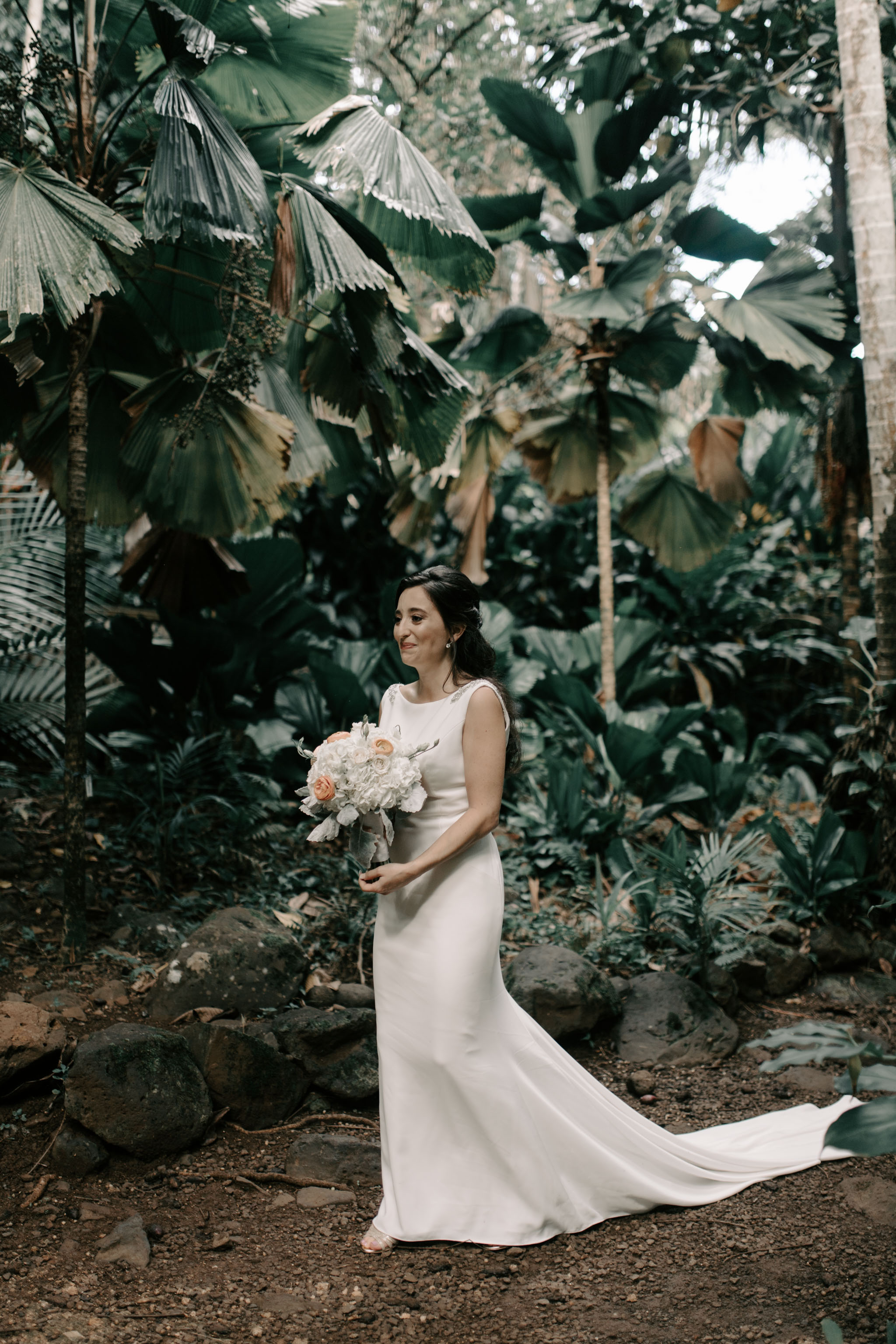 First Look-Waihulili Waterfall Wedding By Kauai Wedding Photographer Desiree Leilani