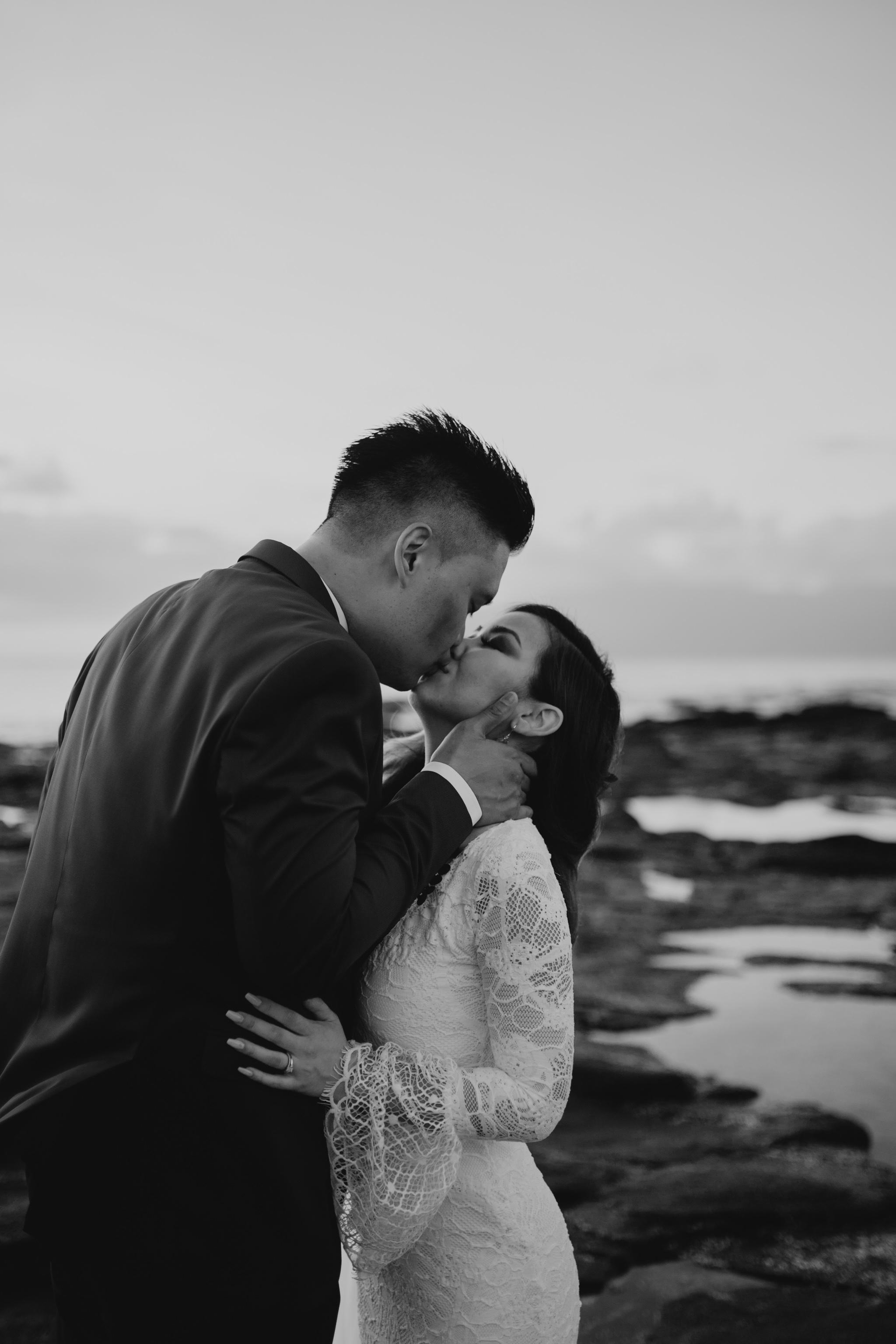Maui Wedding Photos  Merriman's Kapalua Maui wedding by Hawaii wedding photographer Desiree Leilani