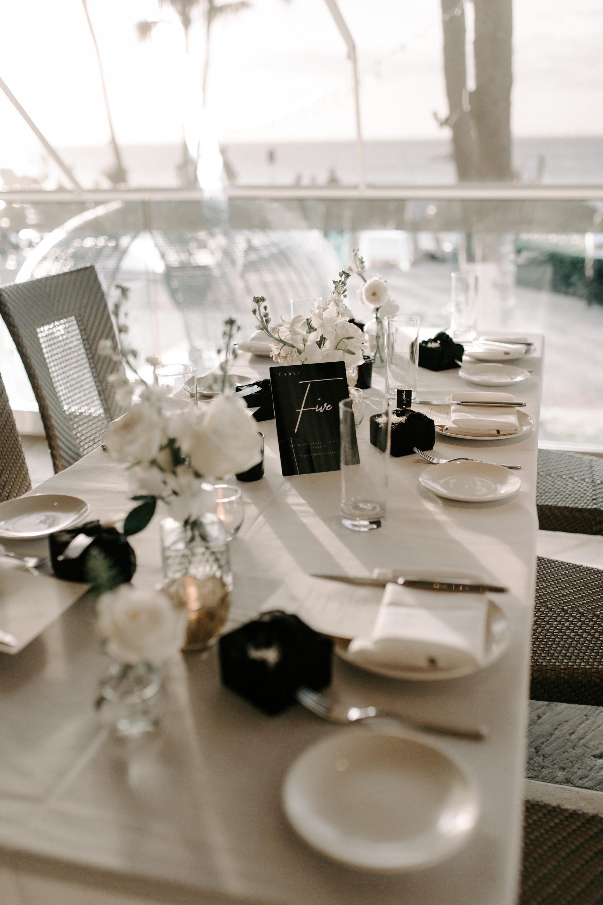 Beautiful wedding reception tablescape   Merriman's Kapalua Maui wedding by Hawaii wedding photographer Desiree Leilani