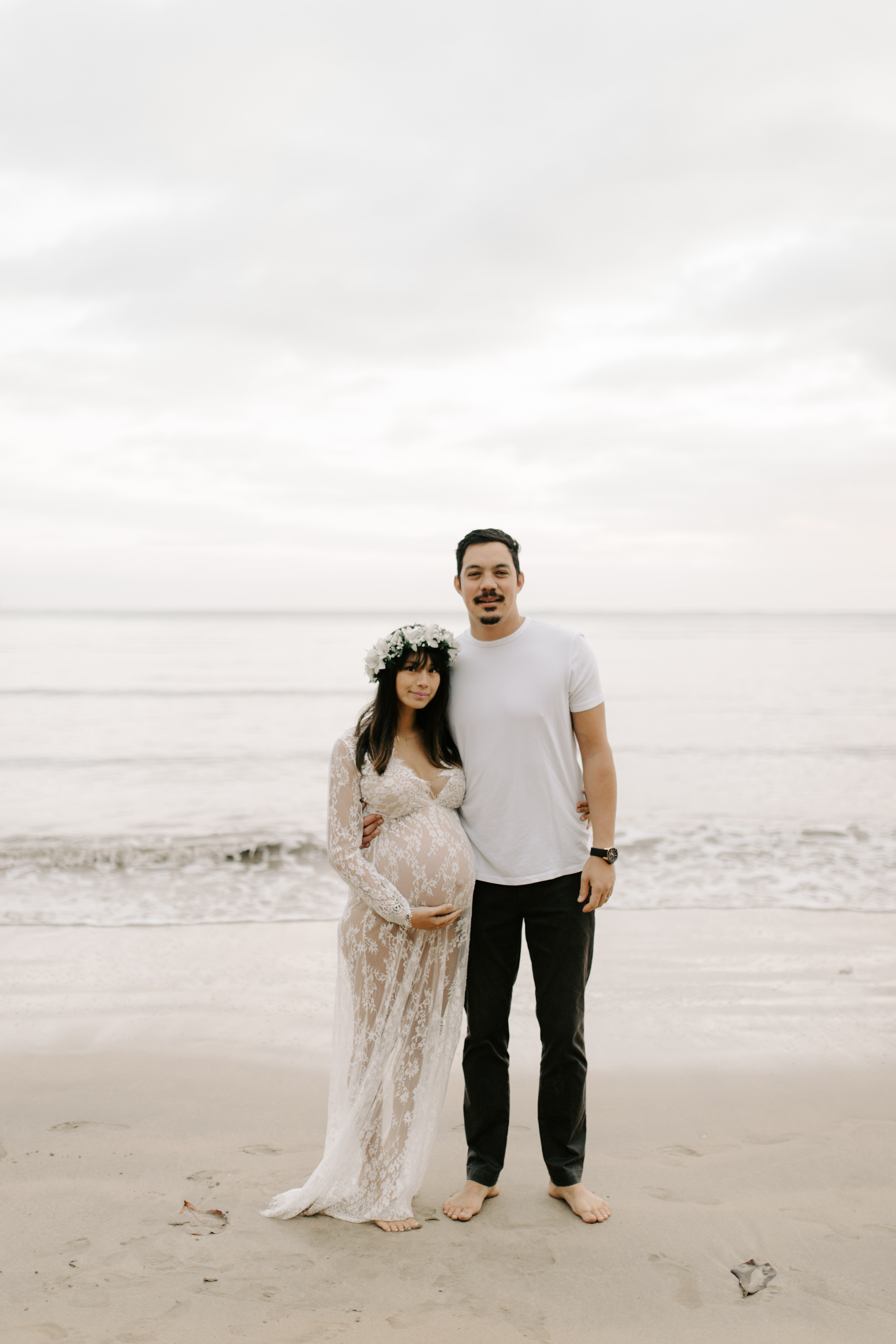 Gorgeous Hawaii Maternity Photos by Oahu Maternity Photographer Desiree Leilani