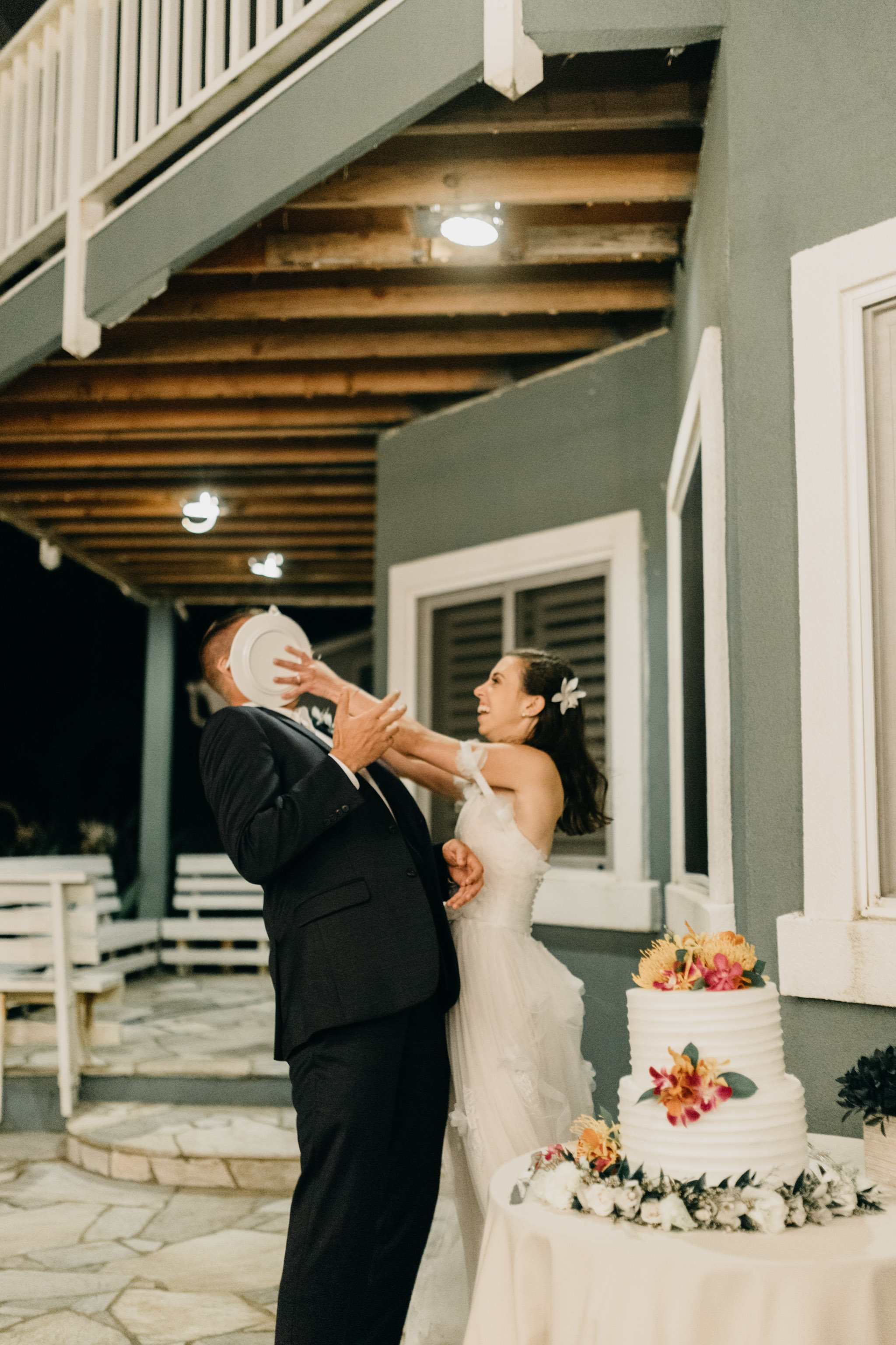 Laie Point Backyard Wedding By Hawaii Wedding Photographer Desiree Leilani