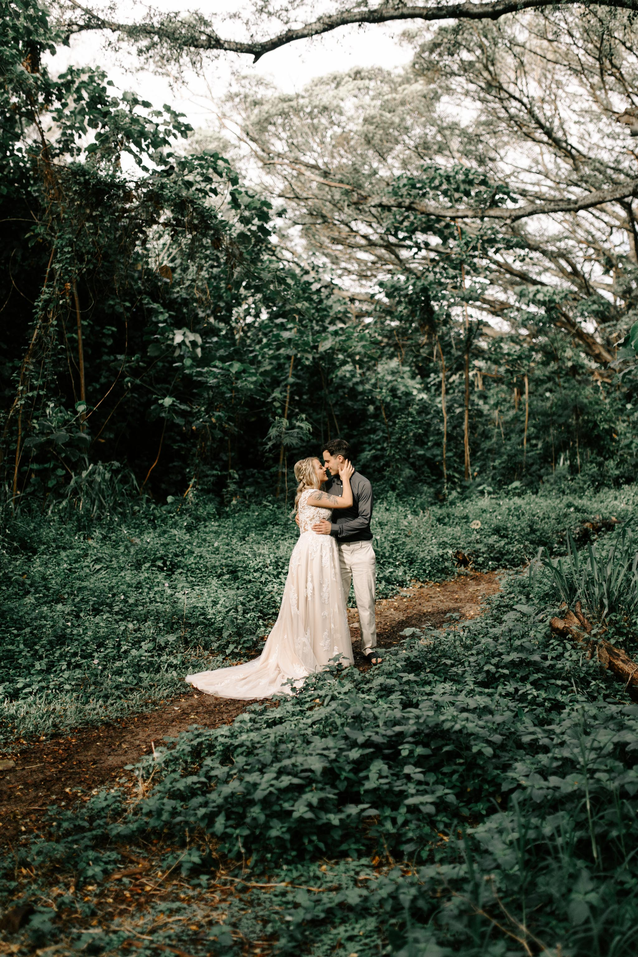 Whimsical Oahu Forest Elopement By Hawaii Wedding Photographer Desiree Leilani