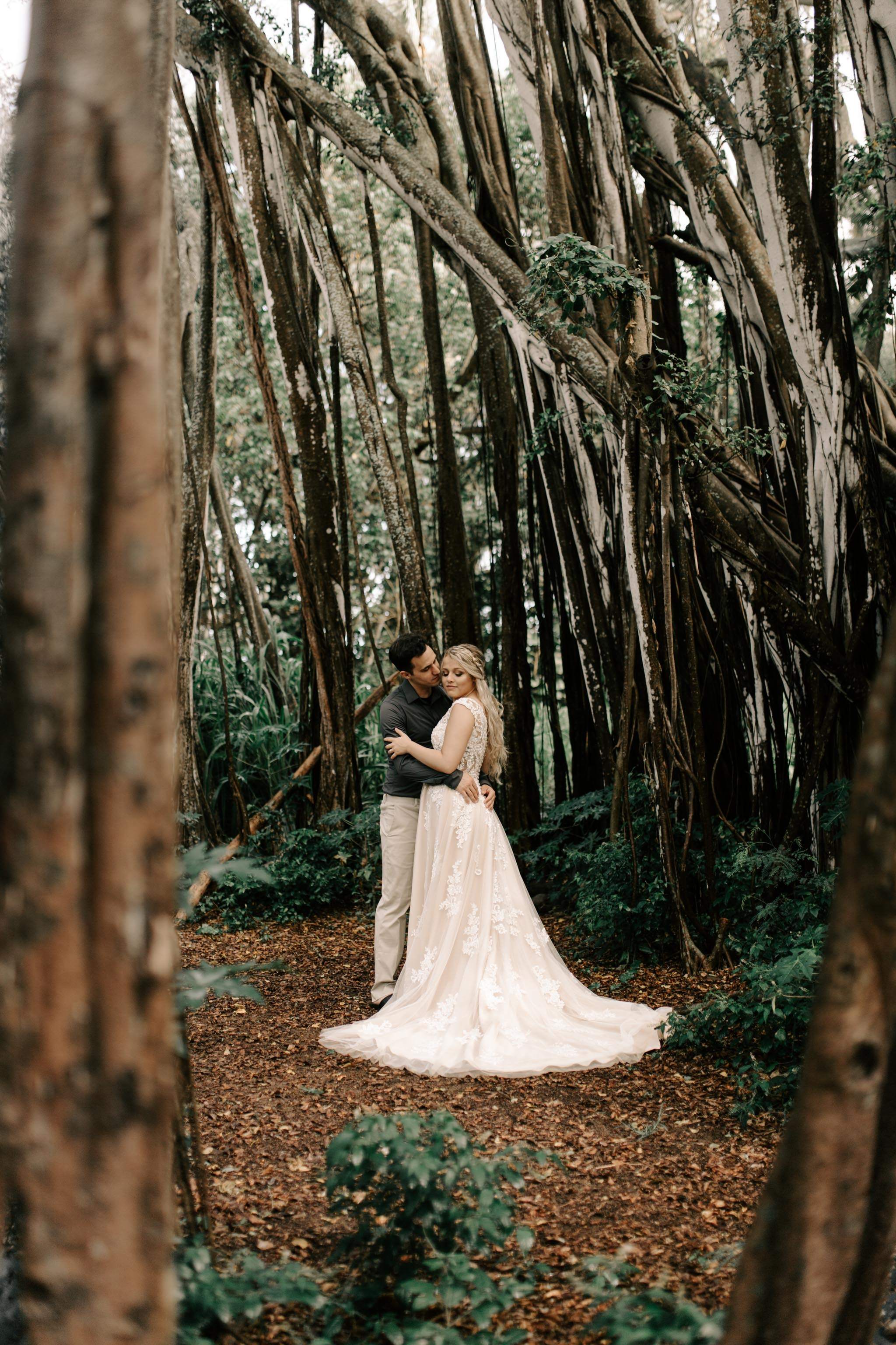 Kawela Bay Oahu Forest Elopement By Hawaii Wedding Photographer Desiree Leilani