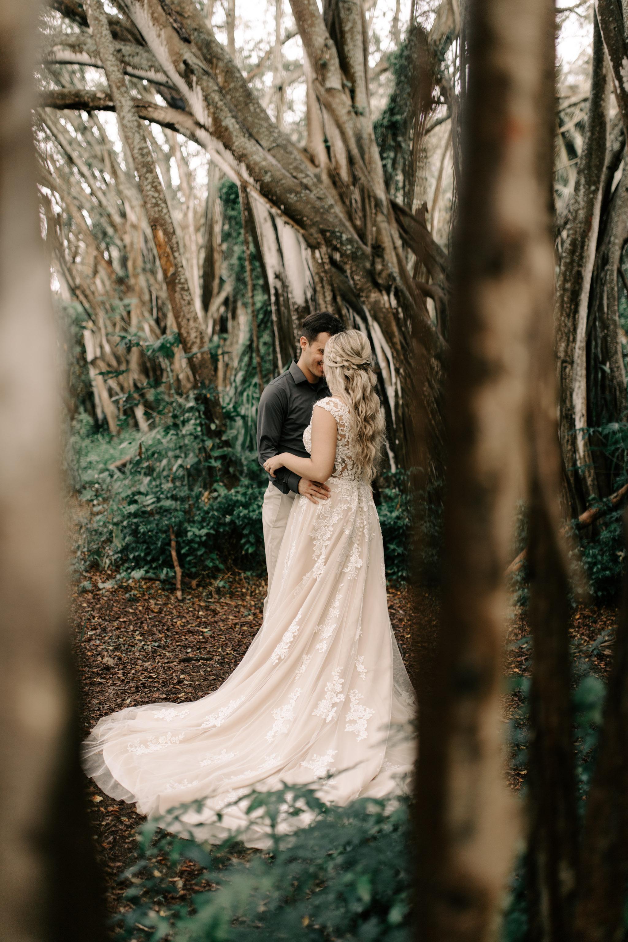 Kawela Bay Elopement By Hawaii Wedding Photographer Desiree Leilani