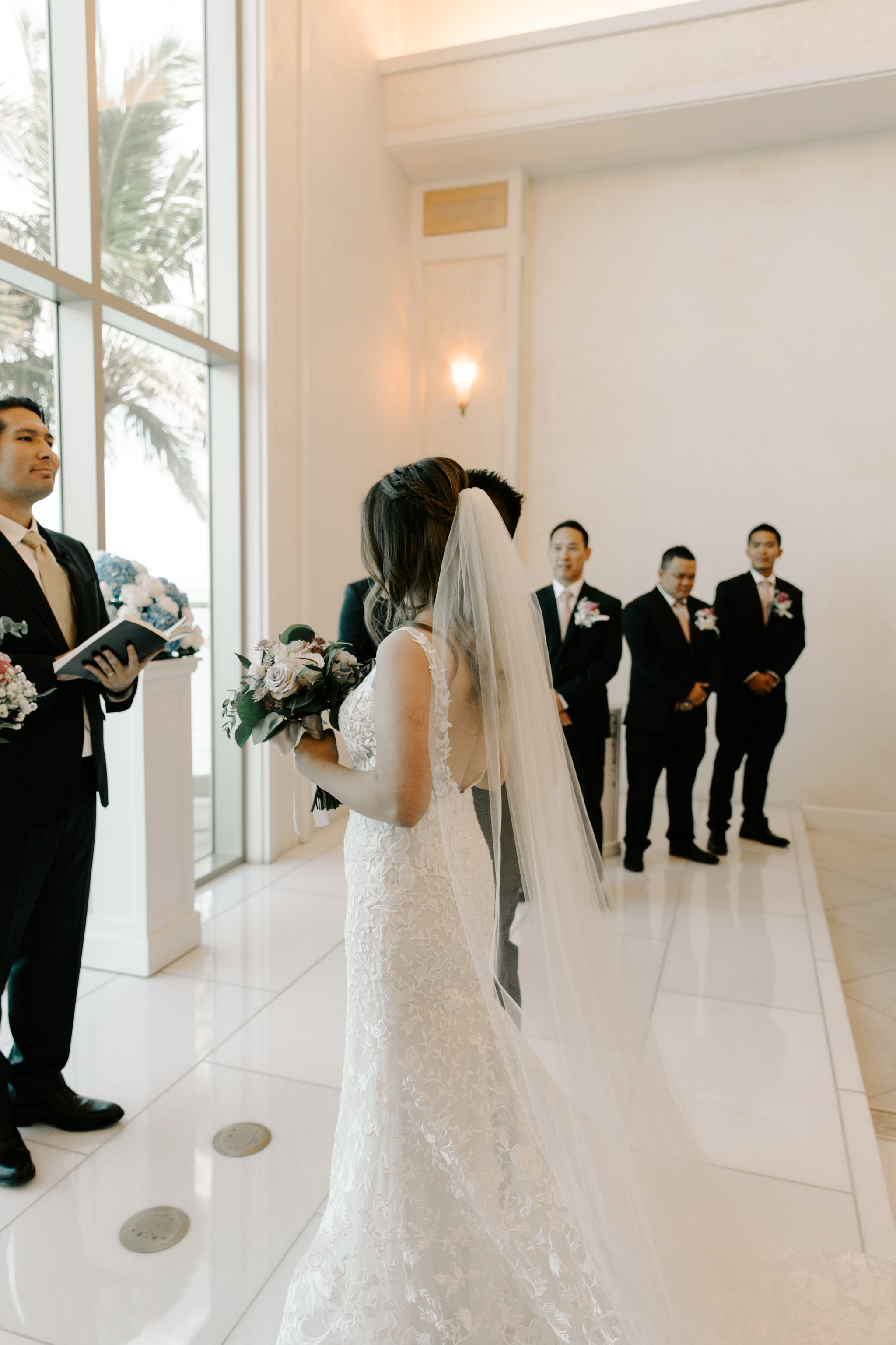 Gorgeous 53 By The Sea Hawaii Wedding Naupaka Chapel By Oahu Wedding Photographer Desiree Leilani