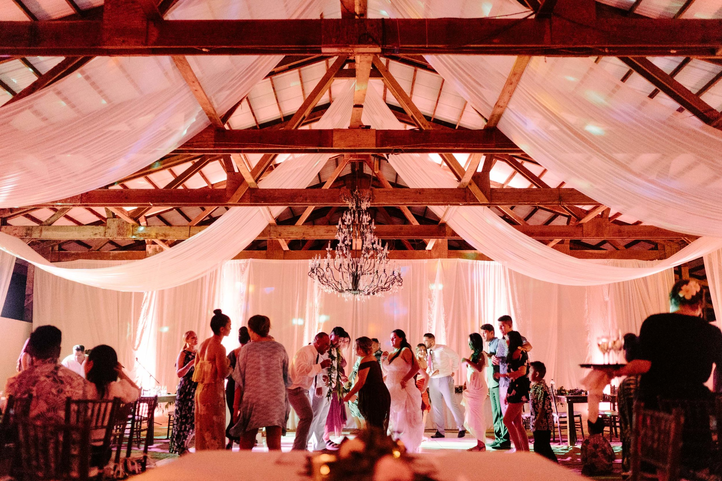 Wedding Reception Dancing Photo - Sunset Ranch Hawaii Barn Wedding Reception By Oahu Wedding Photographer Desiree Leilani