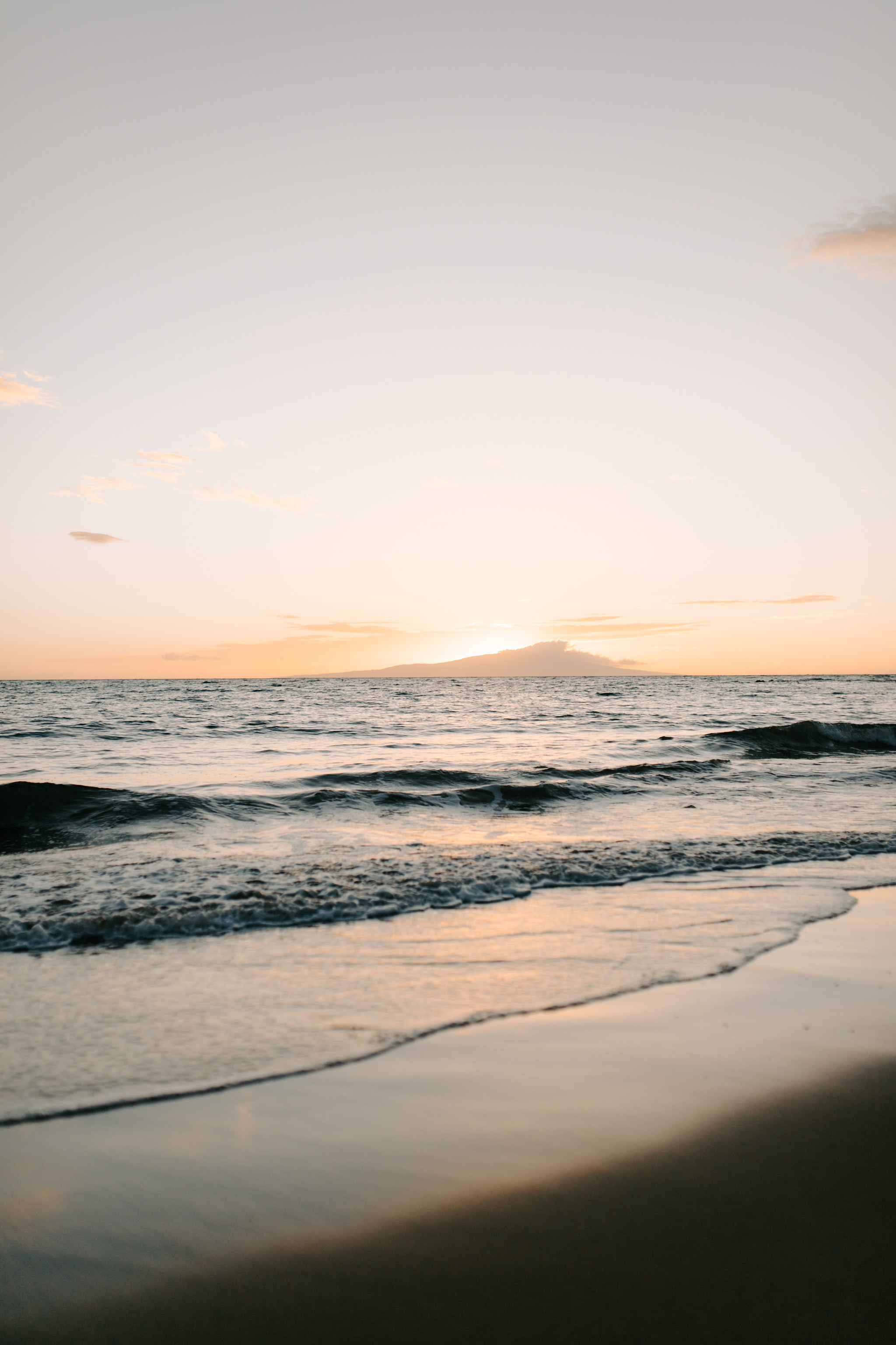 Puulenalena Beach Sunset By Hawaii Wedding Photographer Desiree Leilani