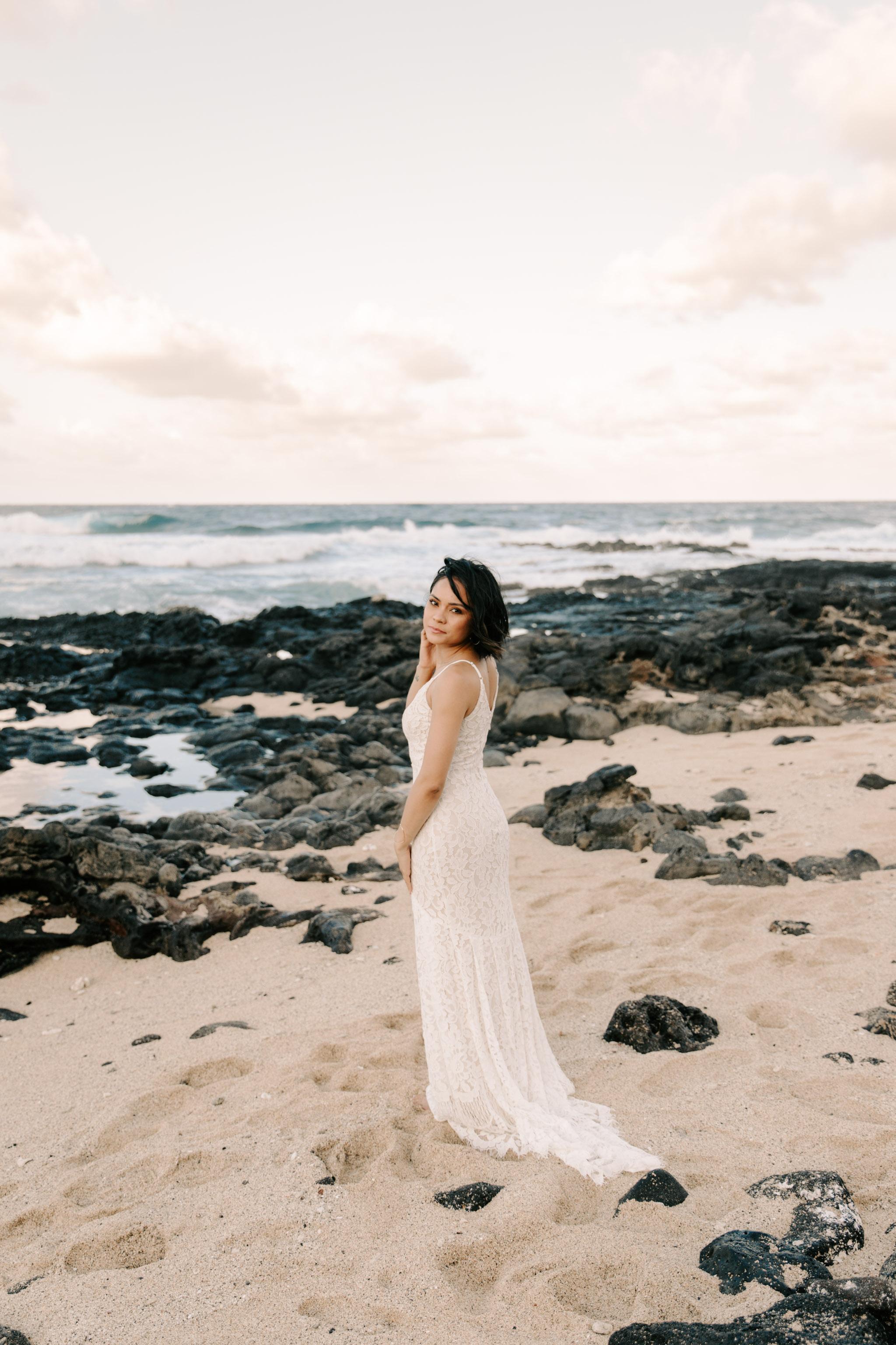 makapuu bridal portraits by oahu wedding photographer Desiree Leilani