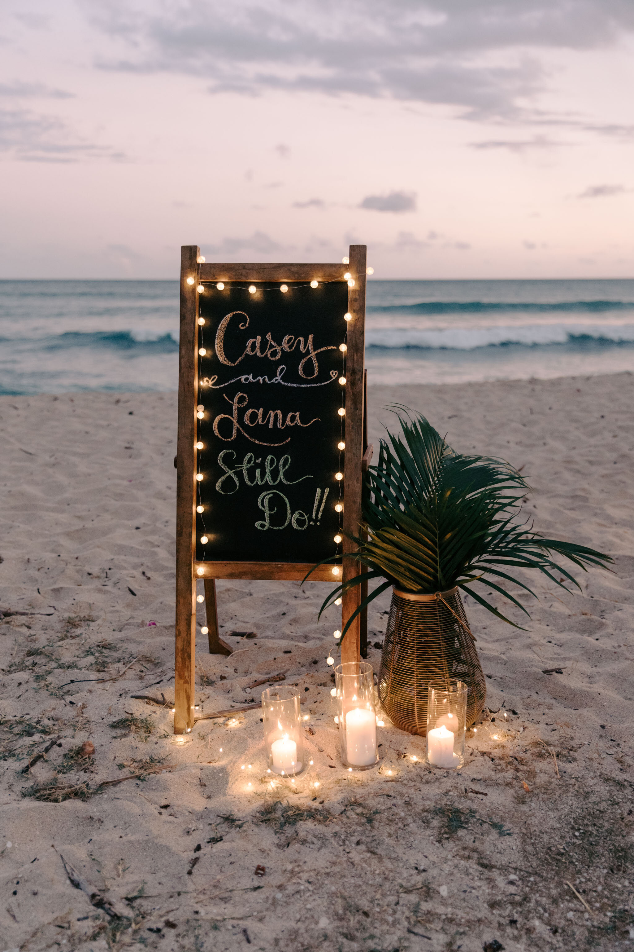 Chalk board wedding sign - Aloha Picnics Puuloa Beach Park Hawaii Vow Renewal By Oahu Wedding Photographer Desiree Leilani