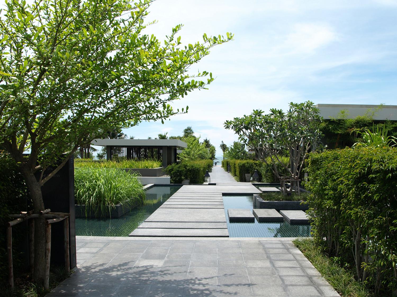 BOIFFILS-V Villa-Landscape-02.jpg