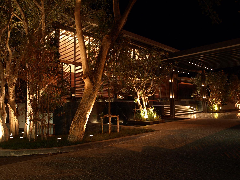 BOIFFILS-V Villa-Lobby-06.jpg