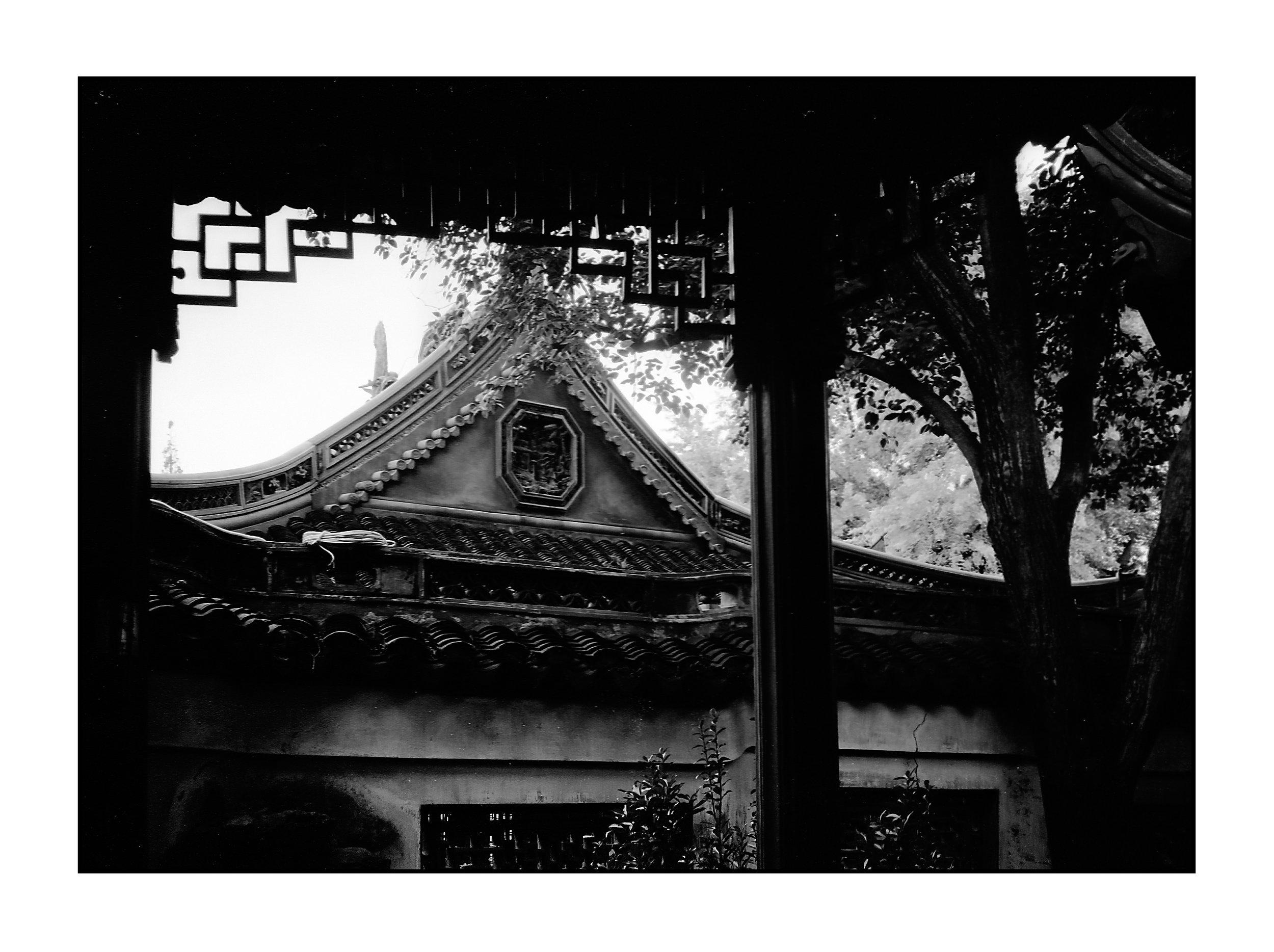 China BW (21 of 27).jpg