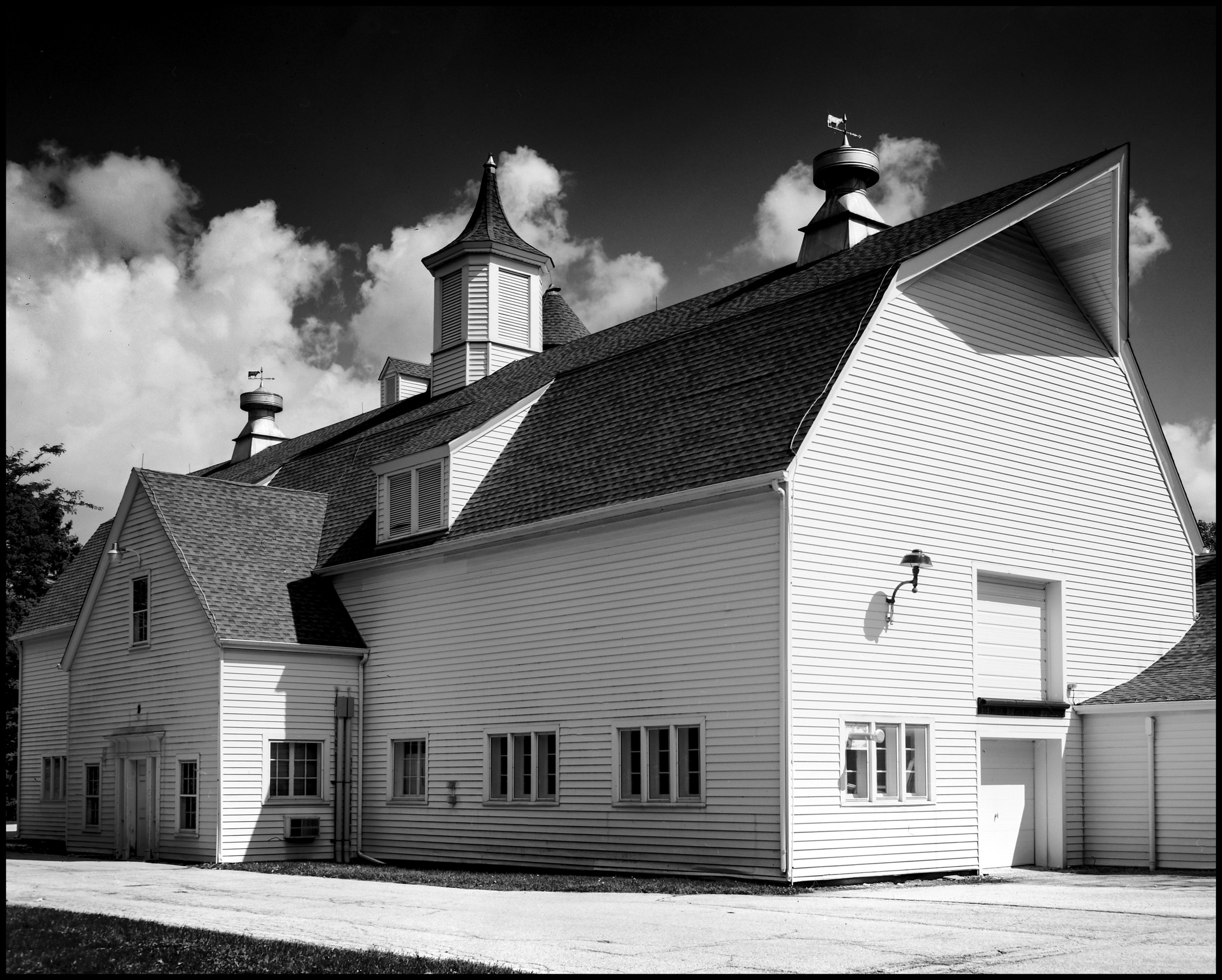 Lakewood Barn.jpg