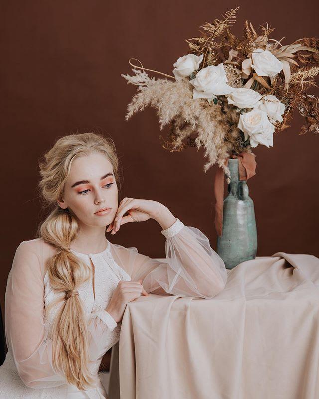 ❁ Ethereal Flower ❁ Photographer: @lindiexwilton ⠀ Muah: @kirstenmurphymakeup ⠀ Styling: @yes_dear_mandy ⠀ Model: Trinity S. @damodelmanagement ⠀ Dress: @stephen_van_eeden ⠀ Flowers: @kadoufloraldesign ⠀ Videographer: @mik_ellam ⠀