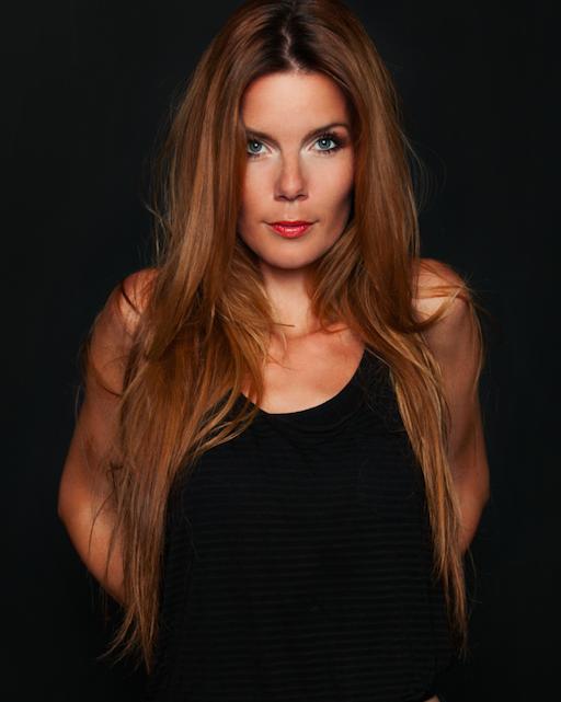 Nadja Kuppel, Songzz Media