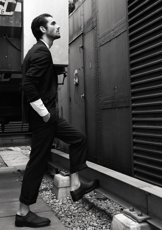 Shirt  Zara, Suit  Jaeger,  Shoes  Lanvin,  Belt  Lanvin