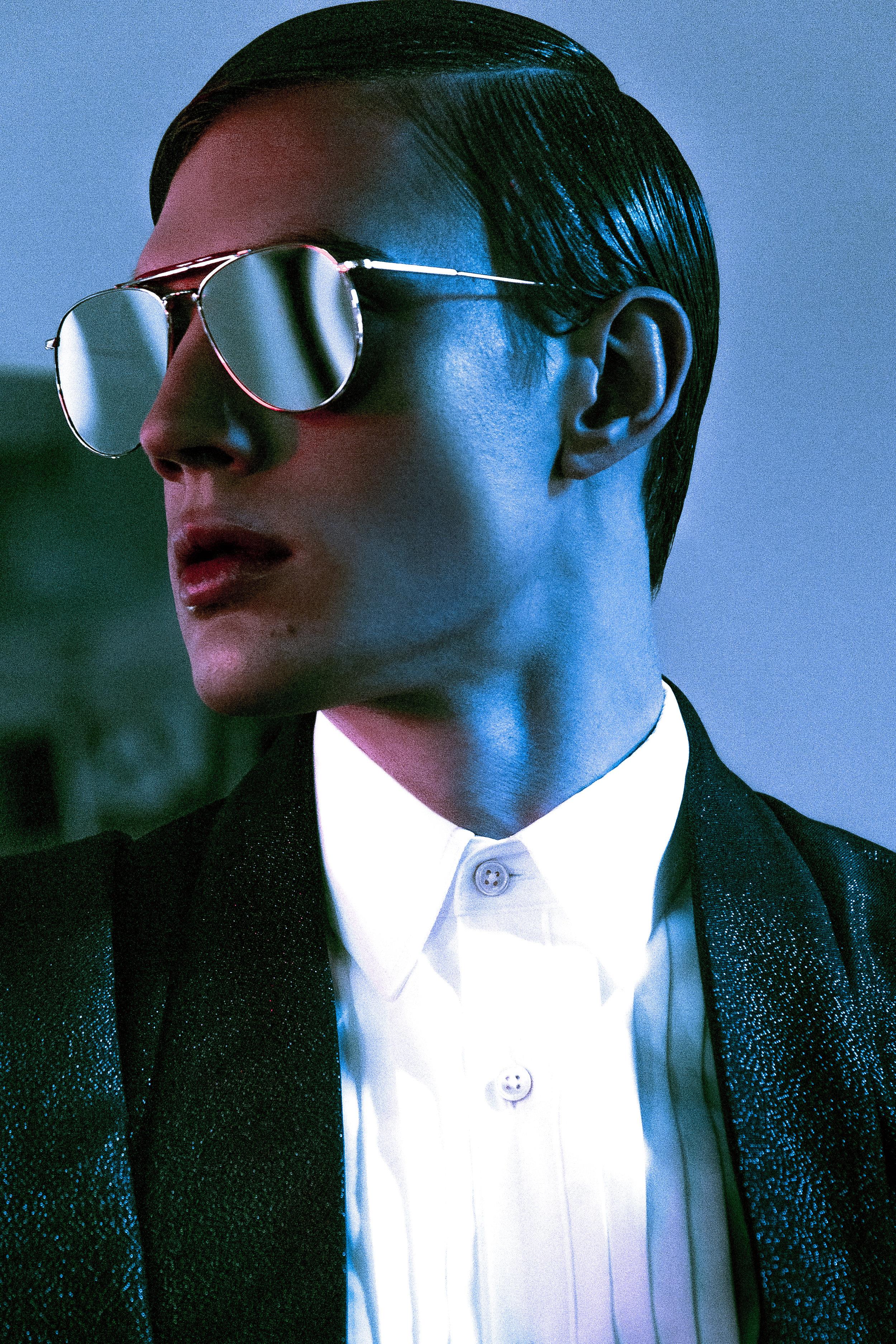 Suit  Joshua Kane , Shoes  Giuseppe Zanotti , Shirt  Topman , Sunglasses  Thom Browne .
