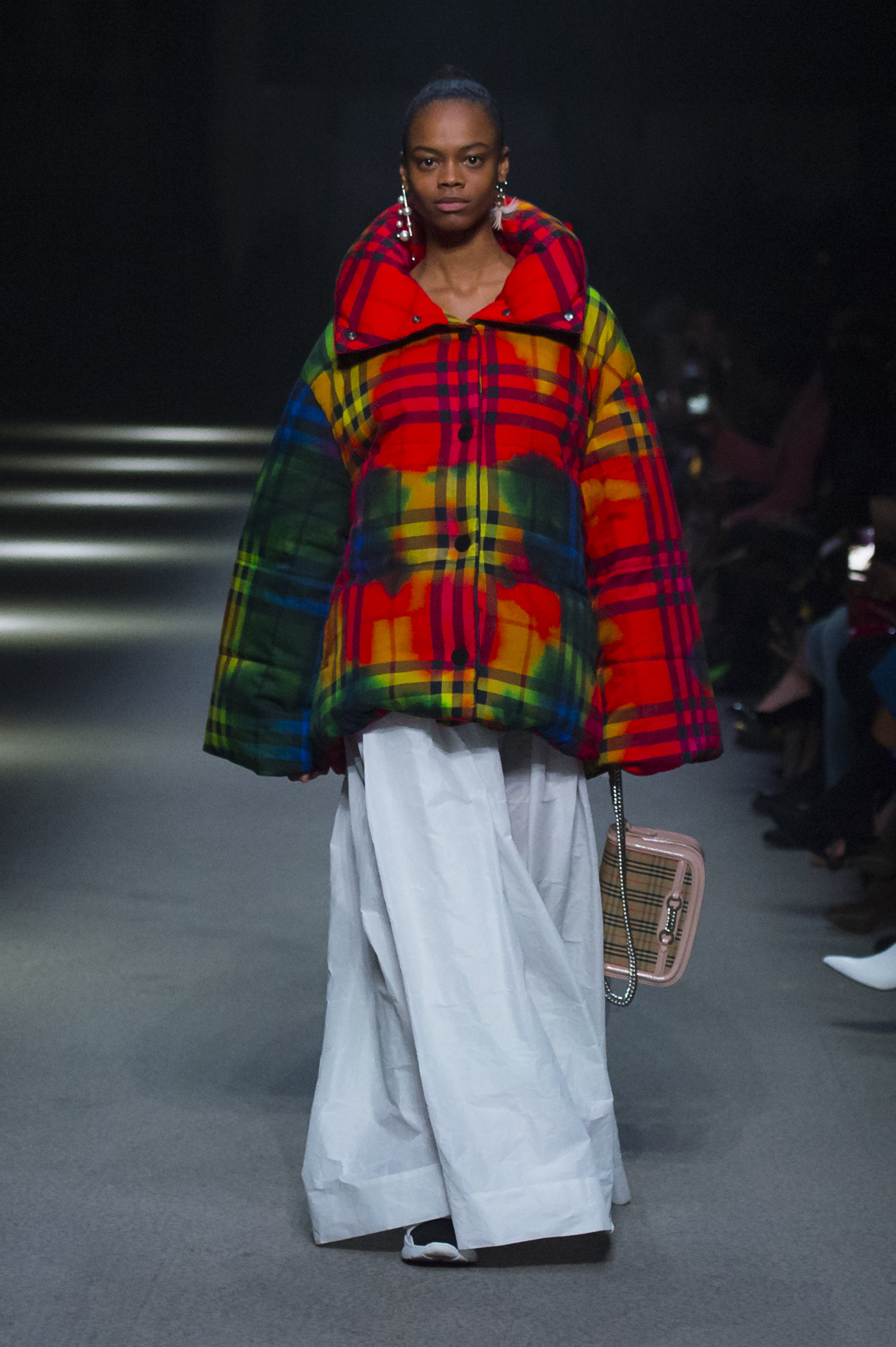 Burberry February Collection 2018 - Look 83.jpg