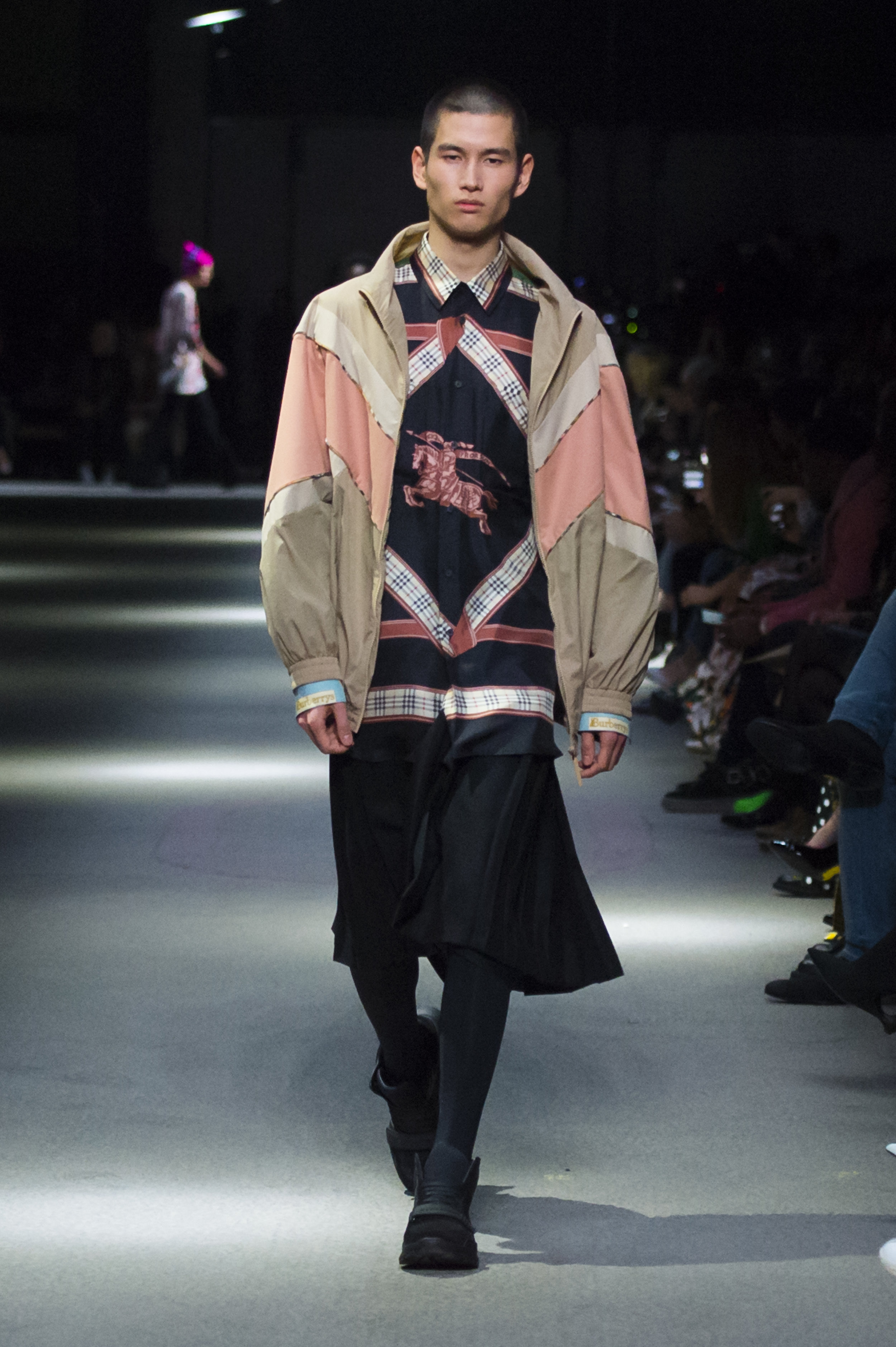 Burberry February Collection 2018 - Look 70.jpg