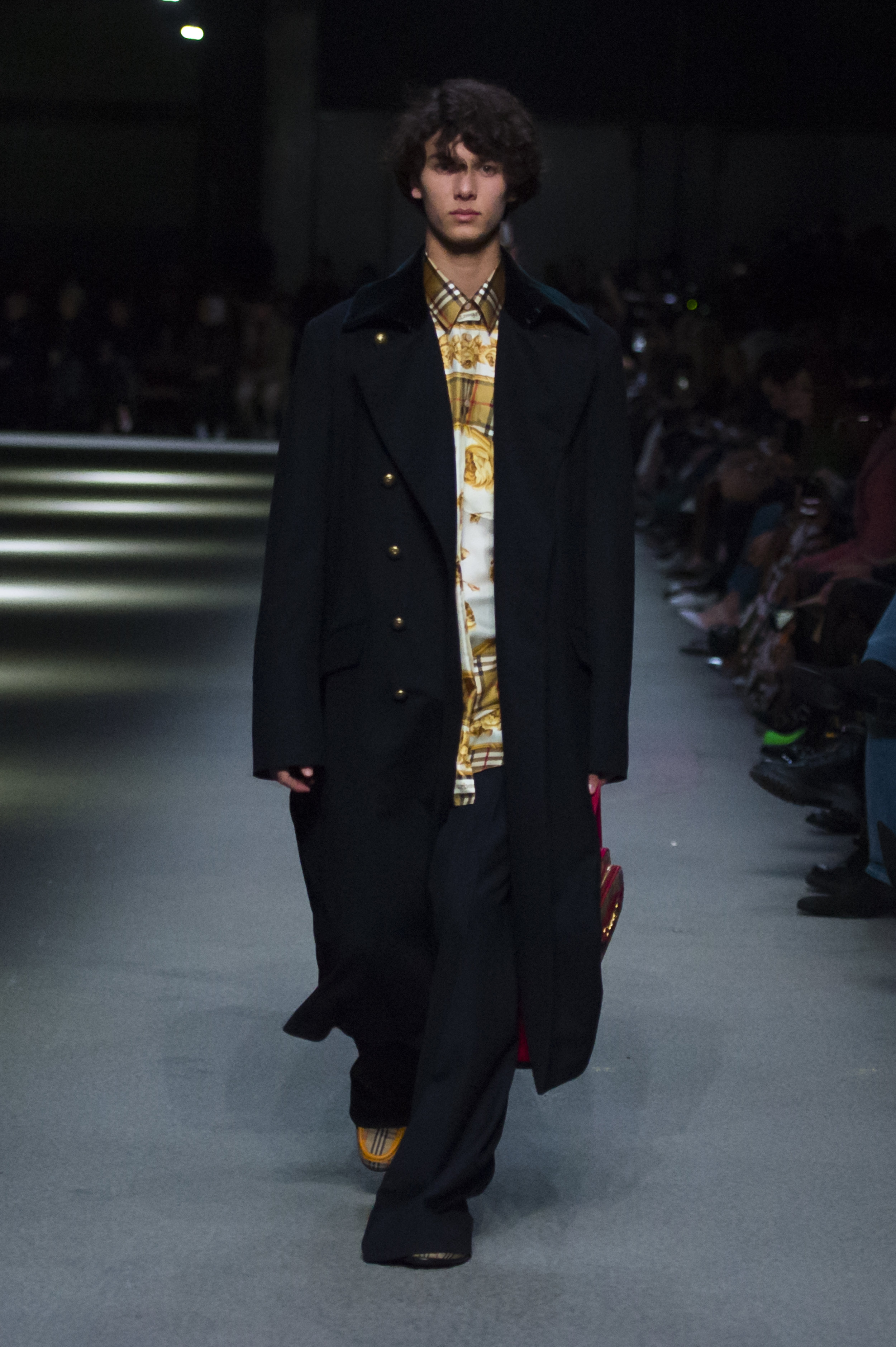 Burberry February Collection 2018 - Look 45.jpg