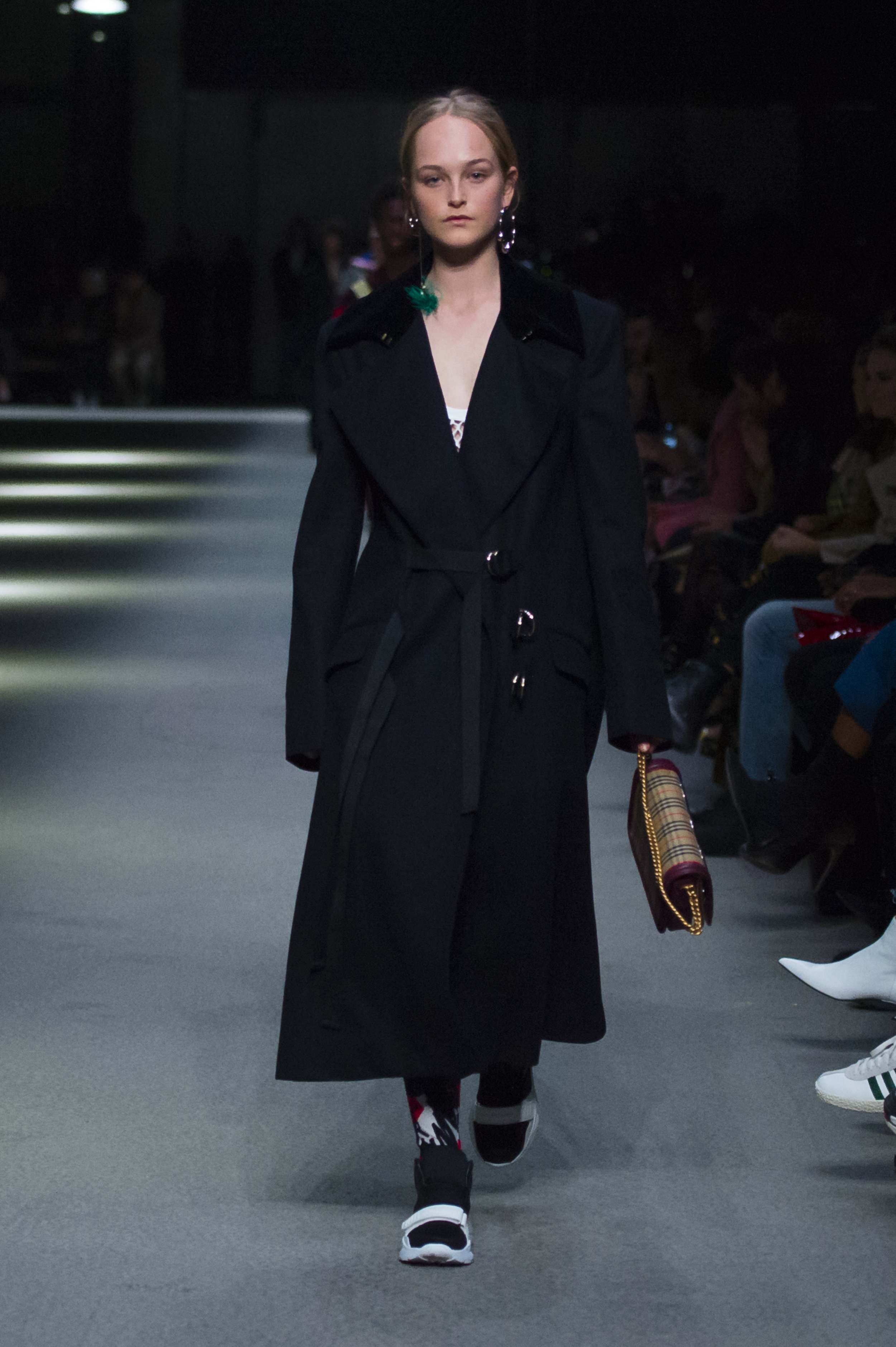 Burberry February Collection 2018 - Look 42.jpg