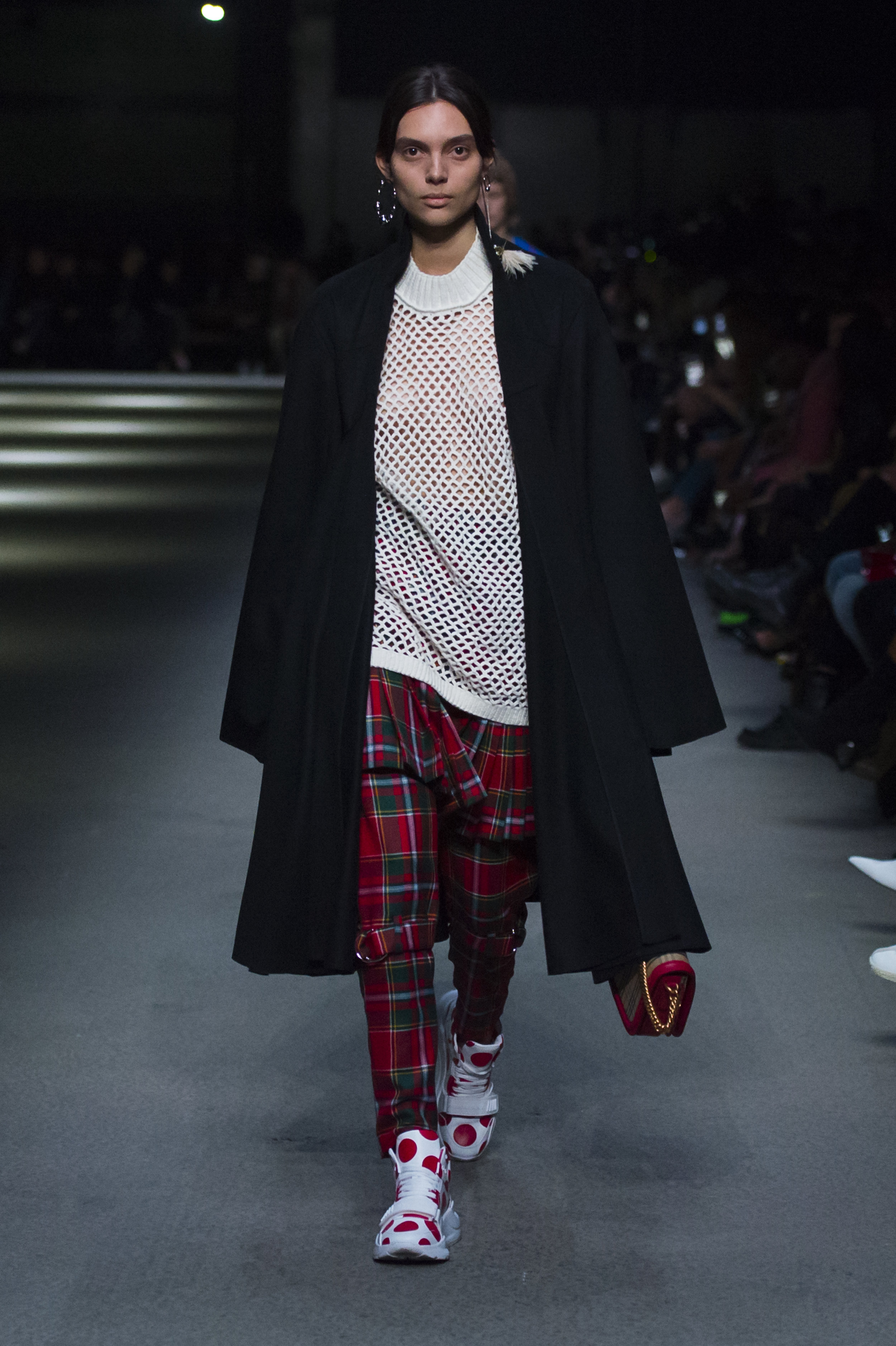 Burberry February Collection 2018 - Look 28.jpg