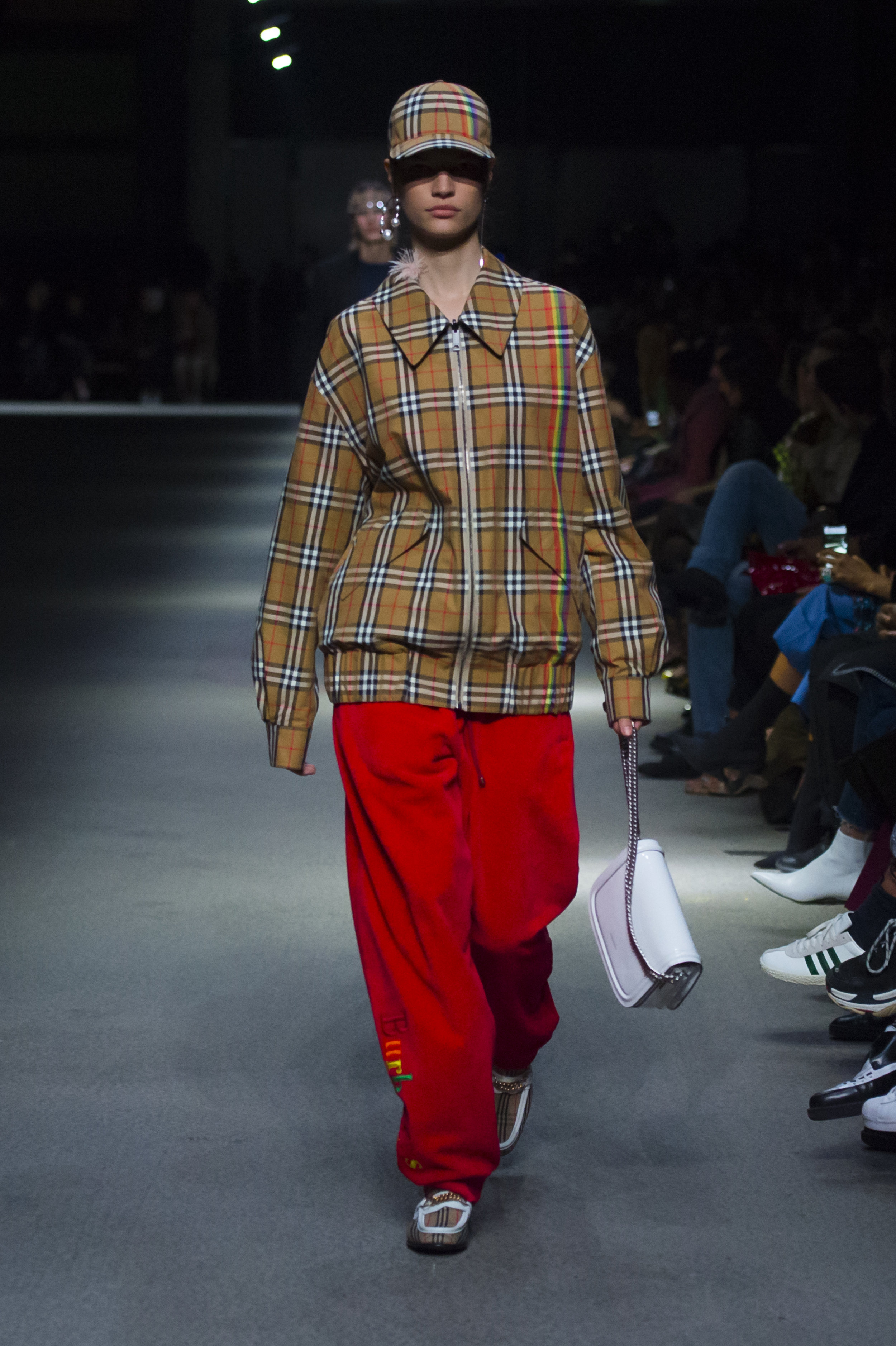 Burberry February Collection 2018 - Look 17.jpg