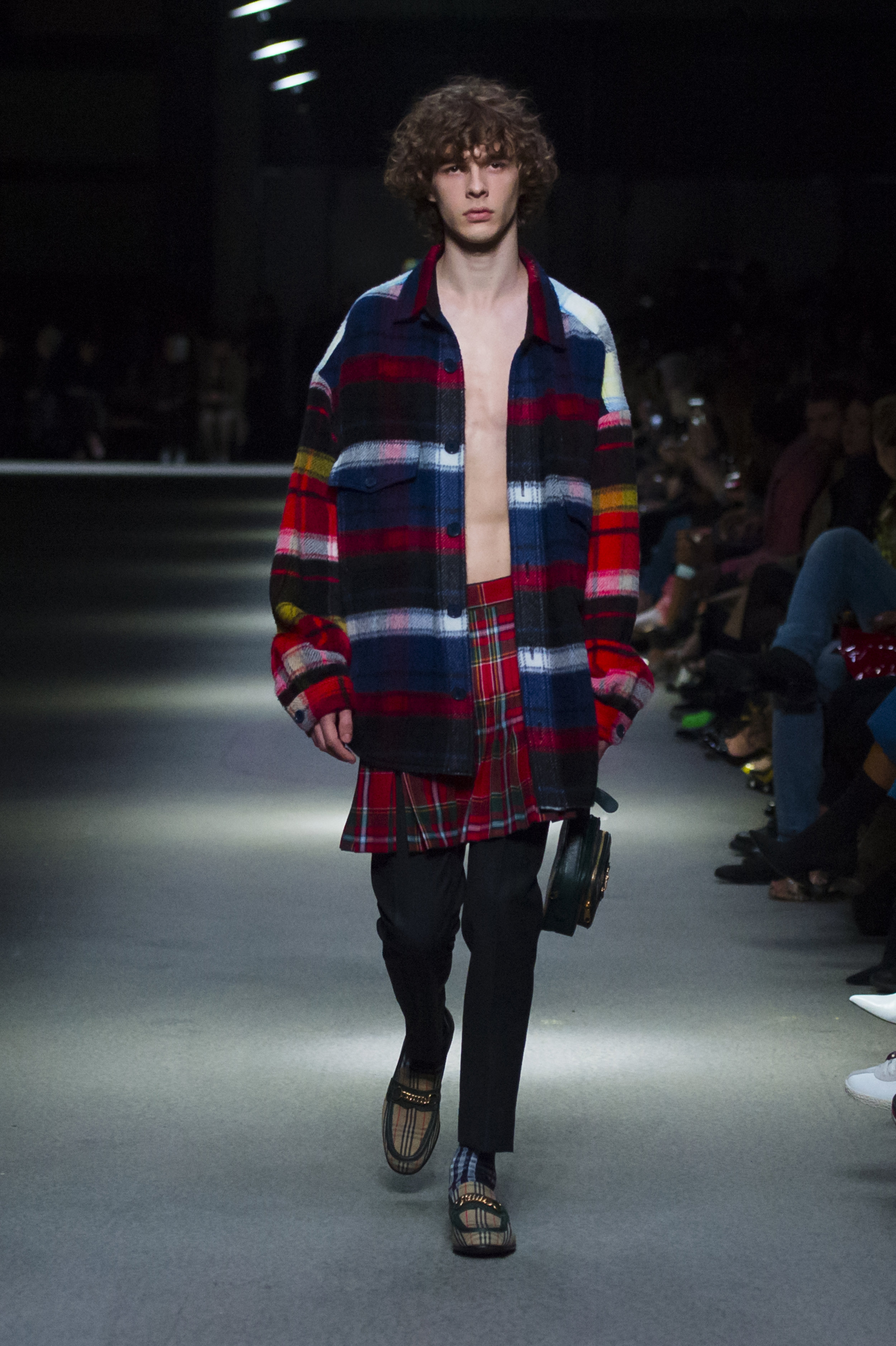 Burberry February Collection 2018 - Look 10.jpg