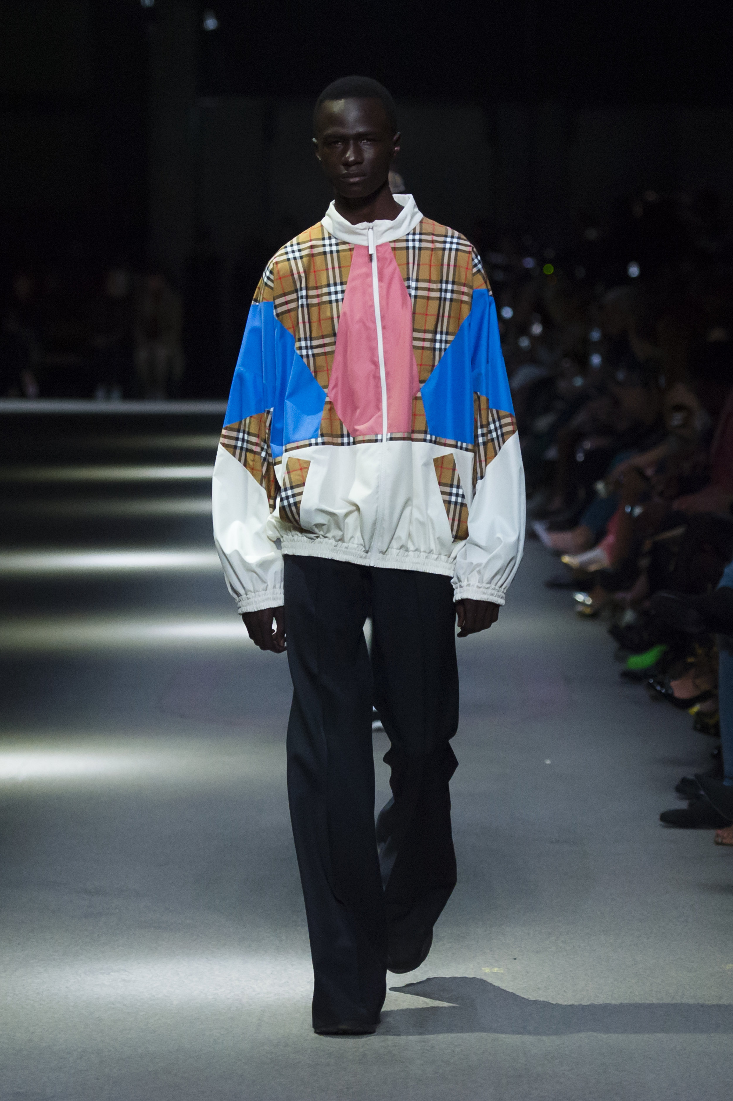 Burberry February Collection 2018 - Look 8.jpg
