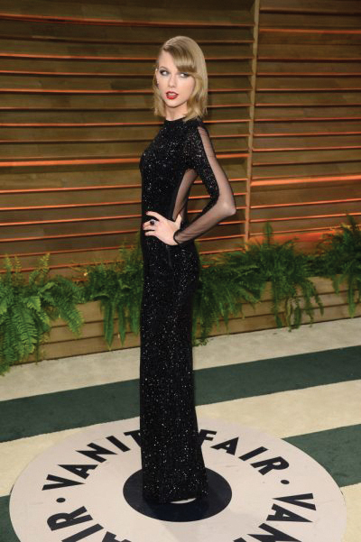Taylor Swift at Vanity Fair oscar party Wearing Julien Macdonald
