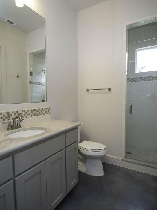 5001-B-Woodrow-Guest-Bath-2.jpg