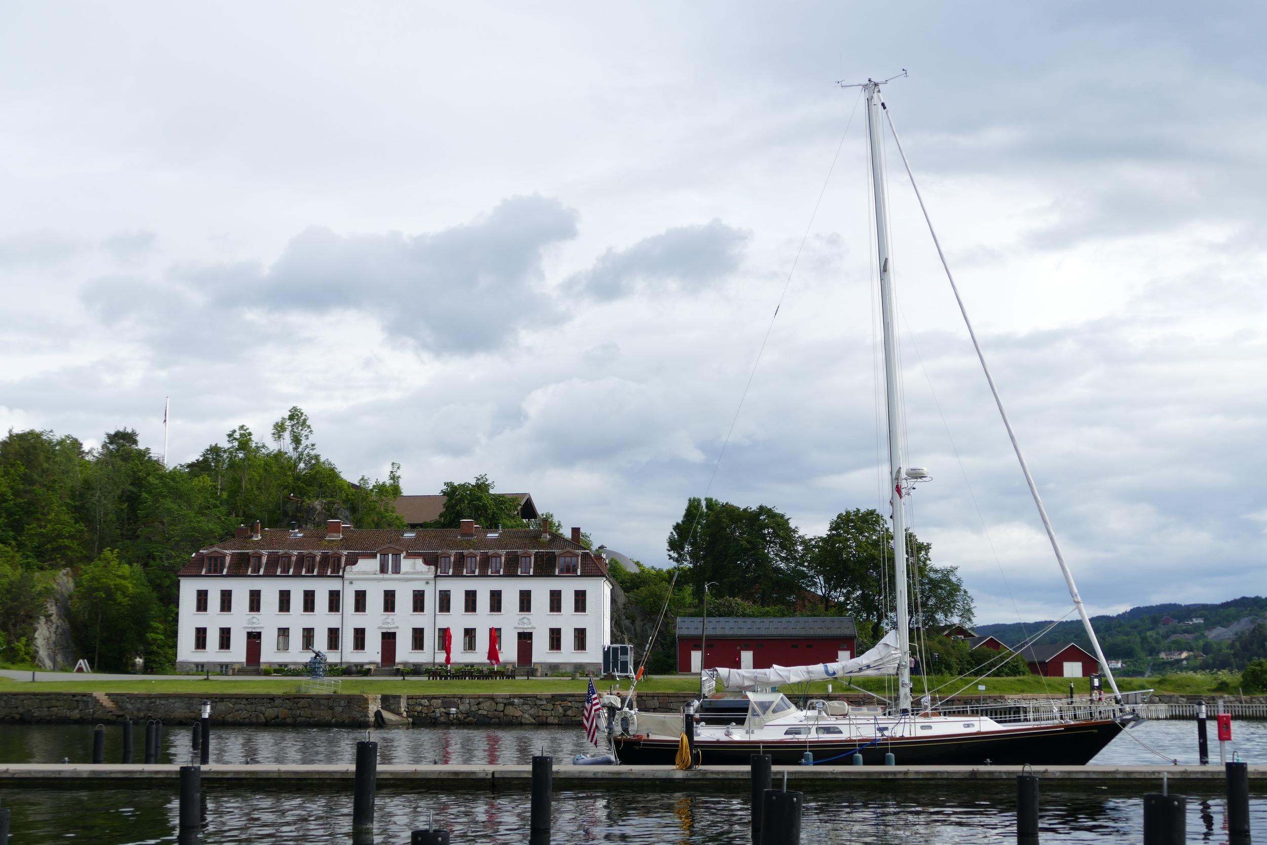 Golden Eye at Kaholmen.jpg